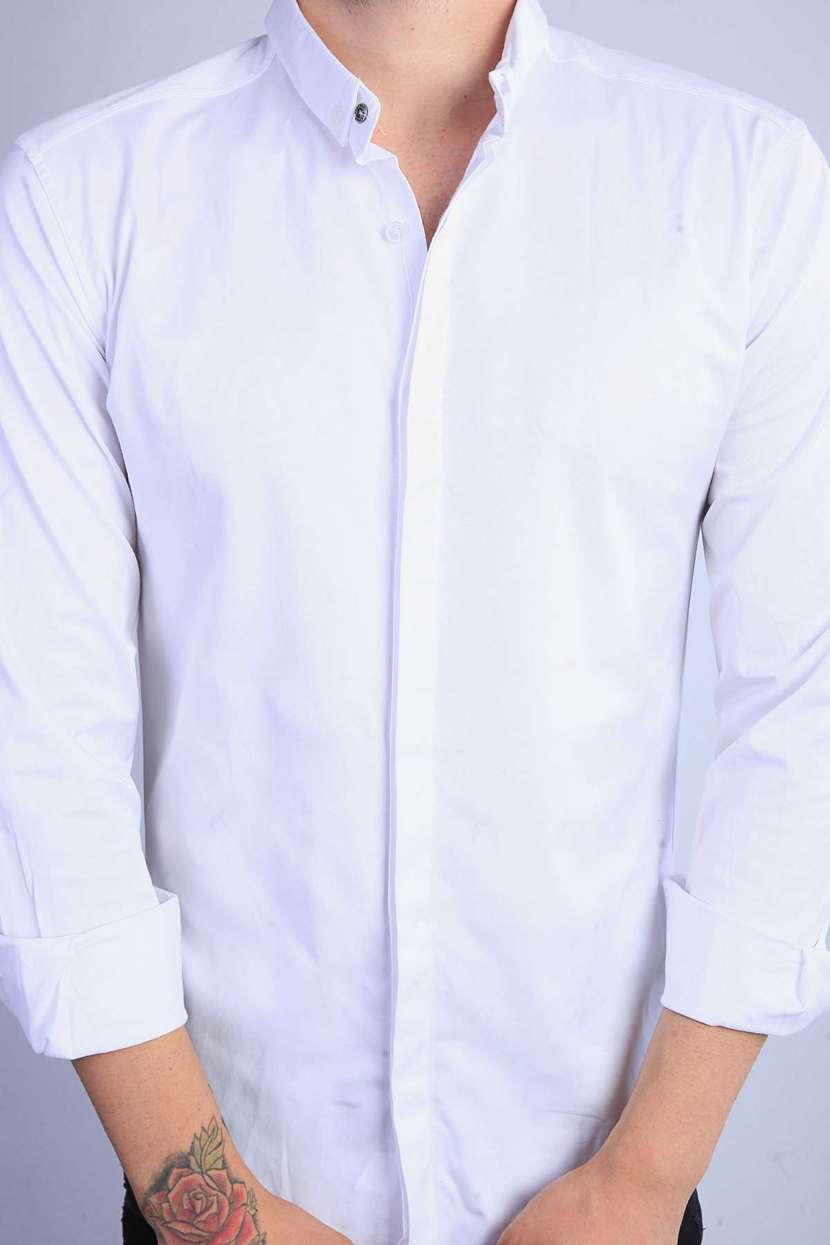 Basic Gizli Düğmeli Slim Fit Gömlek Beyaz