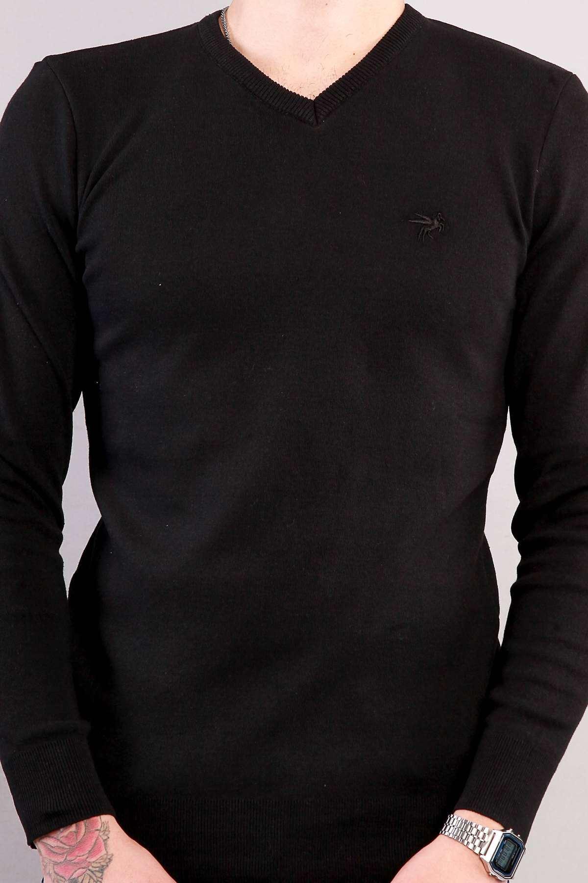 Basic Yıkamalı V Yaka Triko Siyah