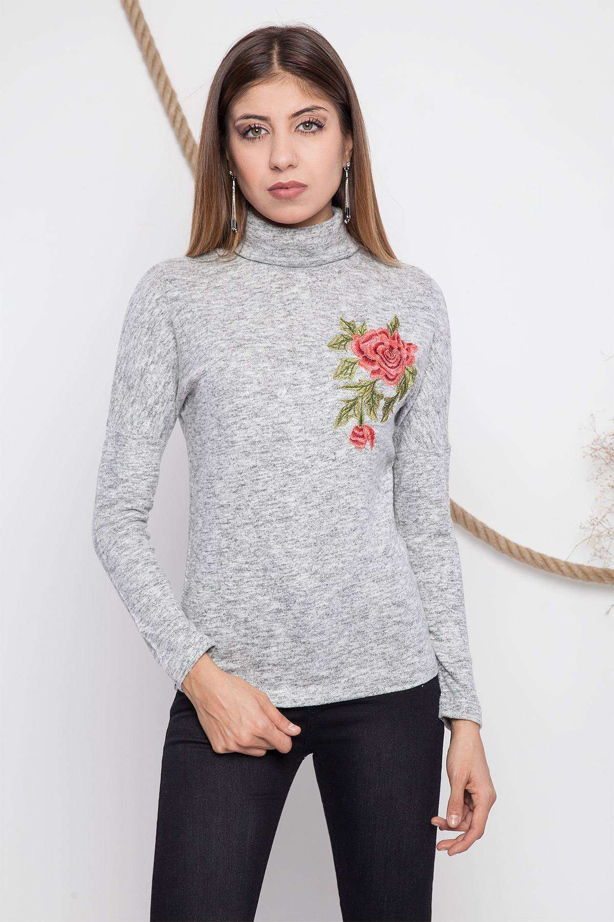 Boğazlı Çiçek Baskı Detaylı Bluz Gri