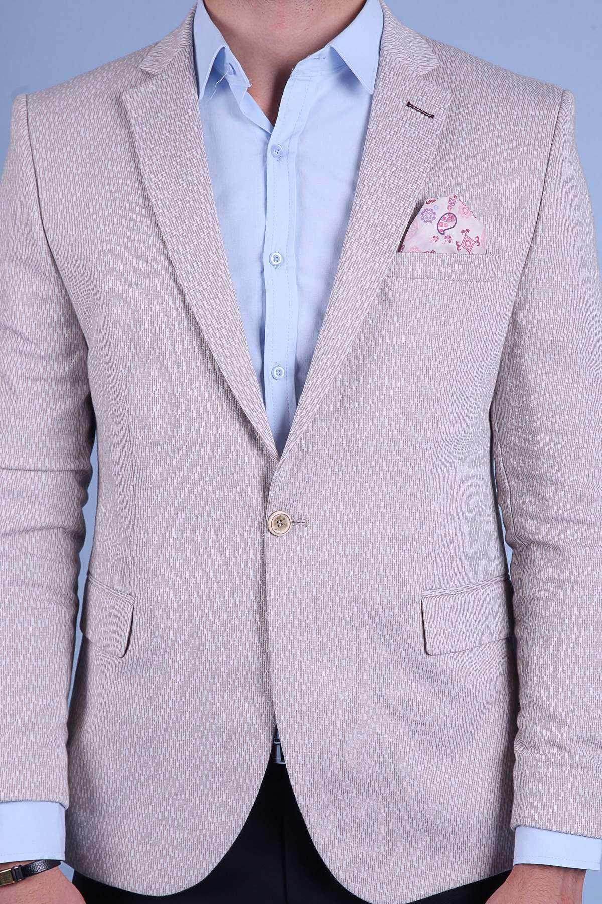 Boyuna Kesik Çizgi Desenli Slim Fit Ceket Bej