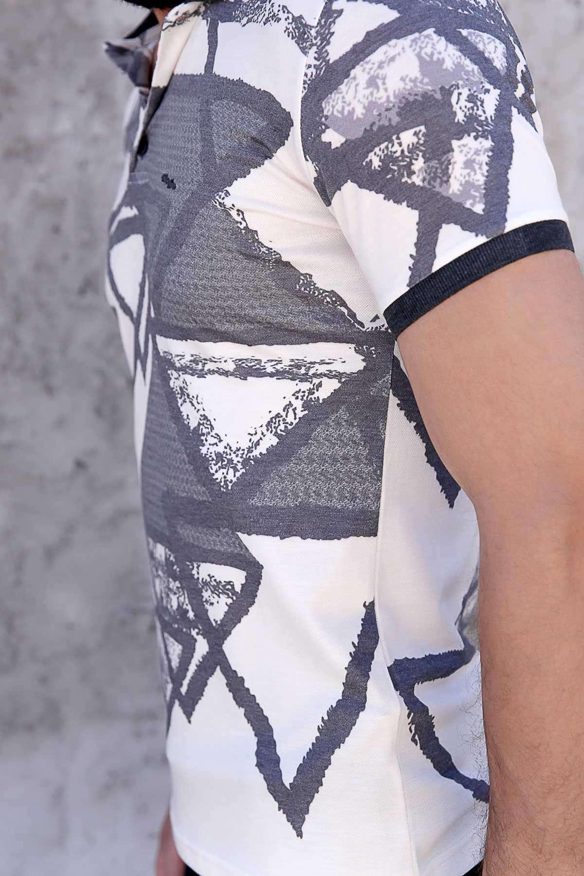 Büyük Üçgen Baskılı Polo Yaka Slim Fit Tişört Bej