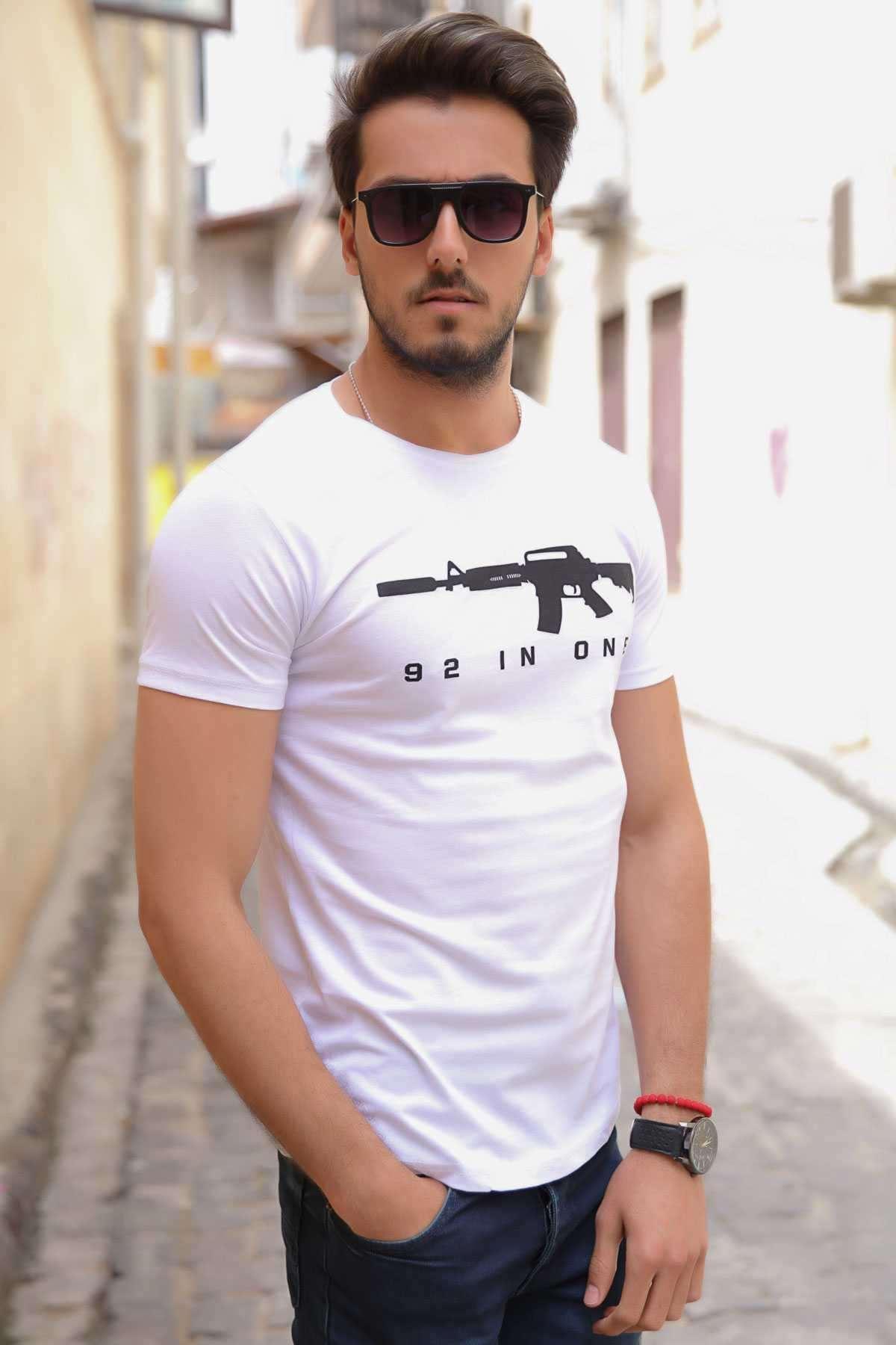 Cs Go M4 Silah Baskılı Simit Yaka Slim Fit Tişört Beyaz