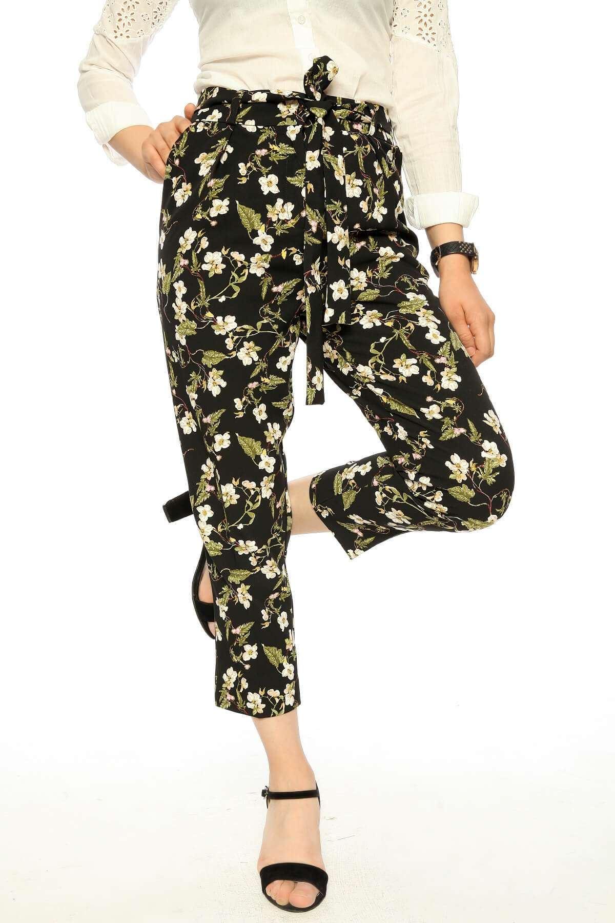 Çiçek Desen Kemerli Bilek Pantolon Siyah