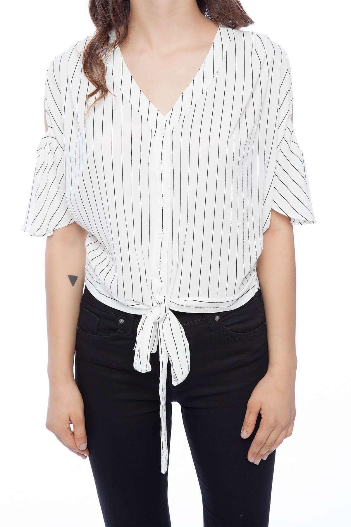 Çizgili Önü Bağlamalı Kısa Bluz Beyaz