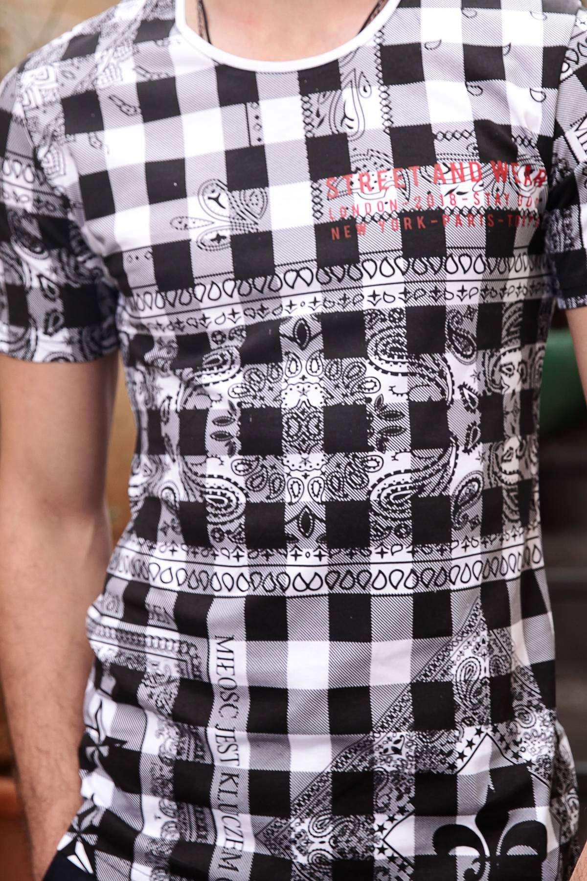 Damalı Desenli Kol Yazılı Slim Fit Tişört Beyaz-Siyah