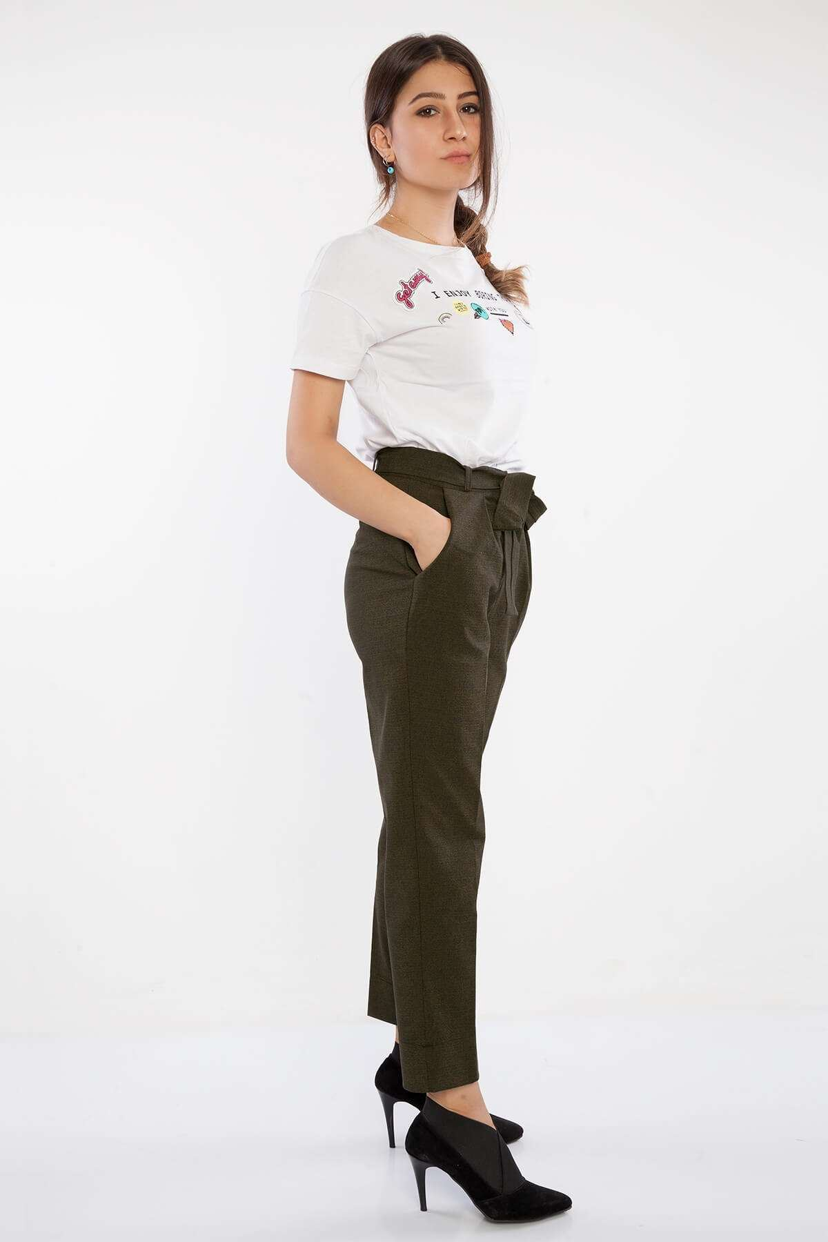 Desenli Kemer Detaylı Havuç Pantolon Haki-Laci