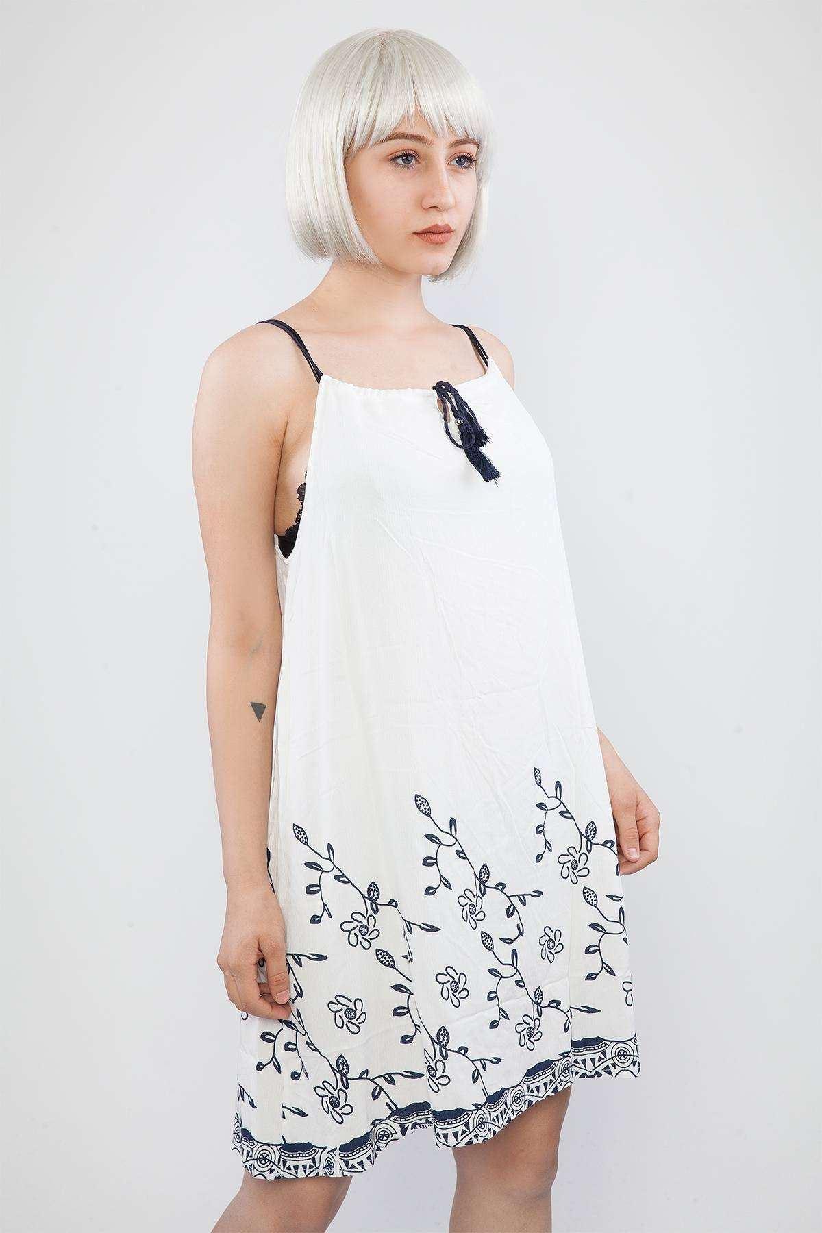 Eteği Desenli  İp Askılı Elbise Beyaz