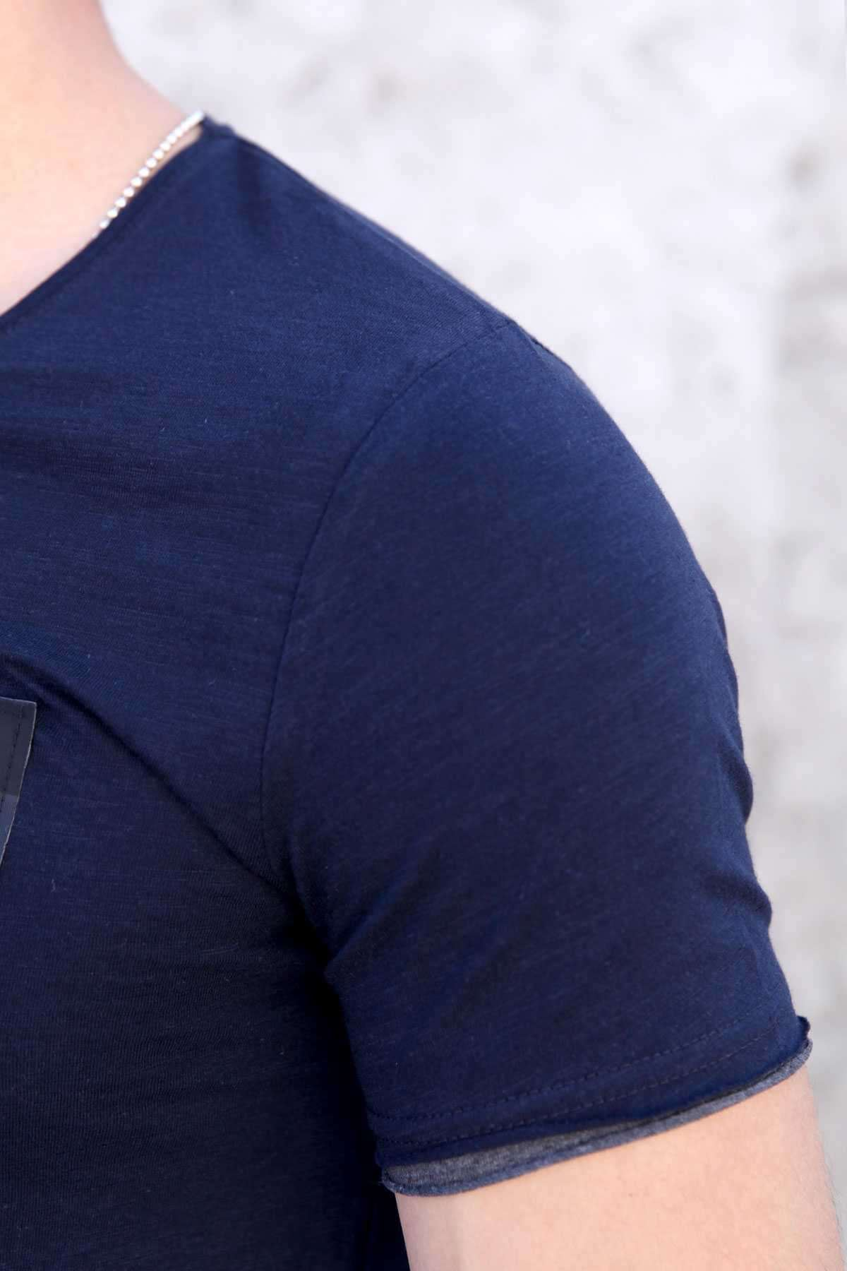 Gögüs Deri Fileli Hard Word Yazılı Alt Kol Astarlı Tişört Lacivert