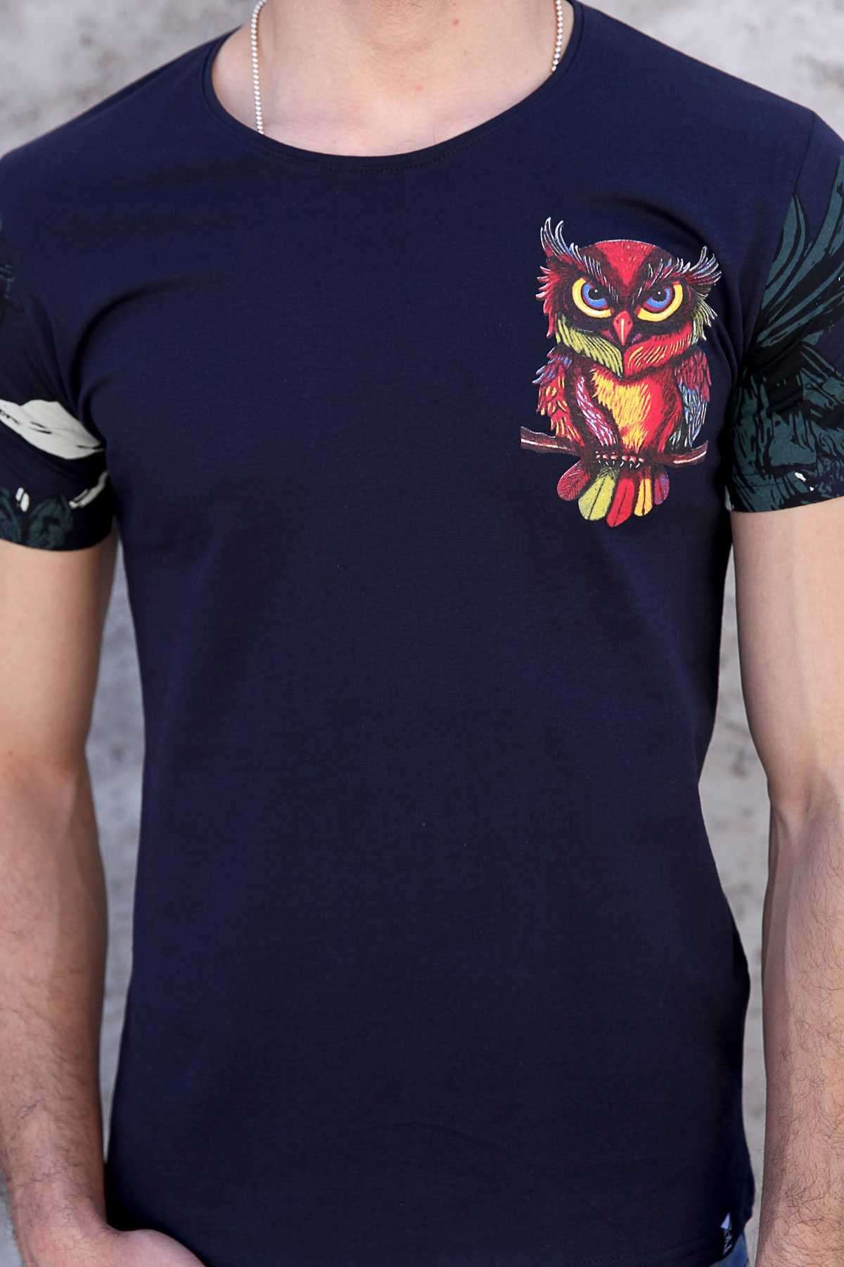 Göğüs Renkli Baykuş Kol Yaprak Baskılı Tişört Lacivert