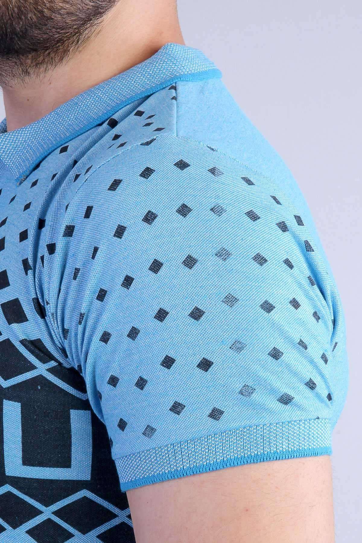Kare Desenli Göğüs Pano Baskılı Polo Yaka Tişört Mavi