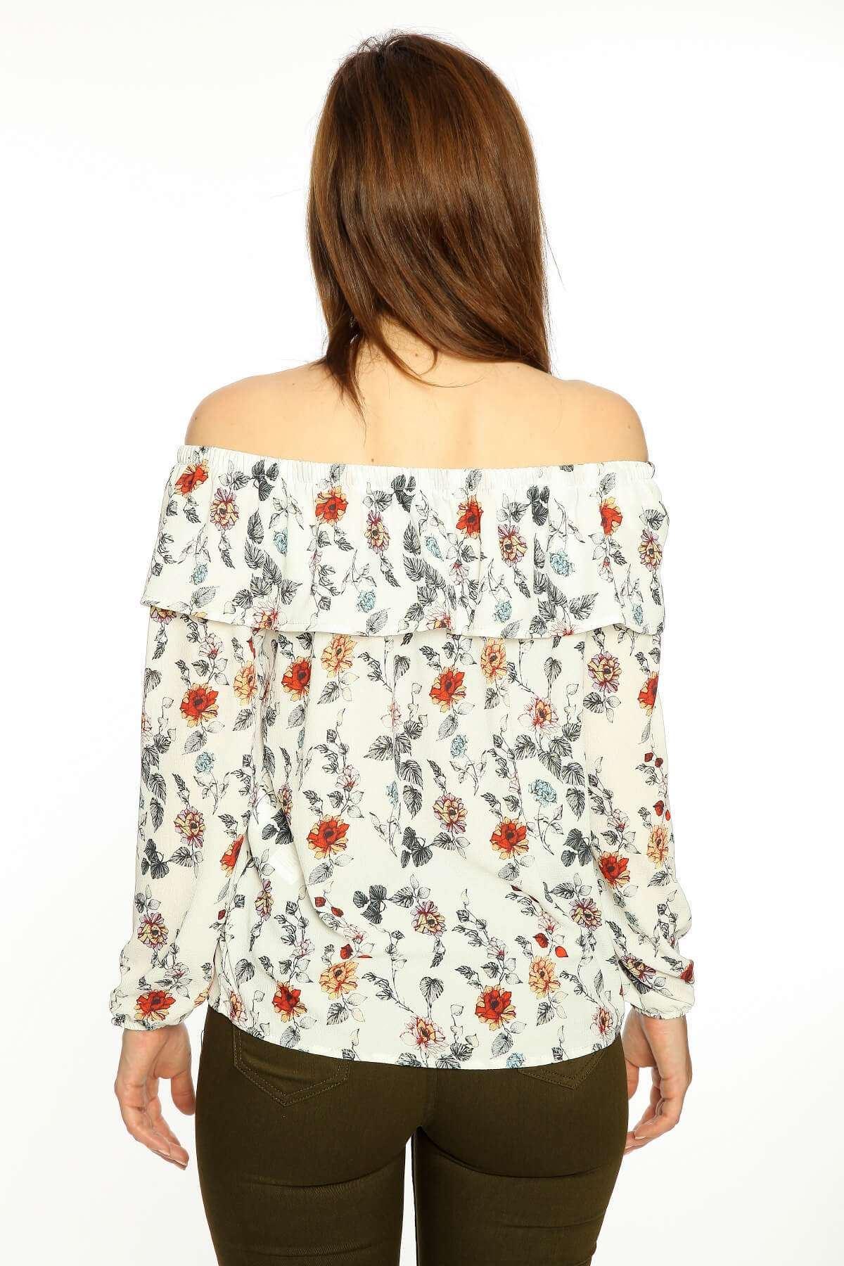 Kayık Yaka Çiçek Desenli Bluz Beyaz