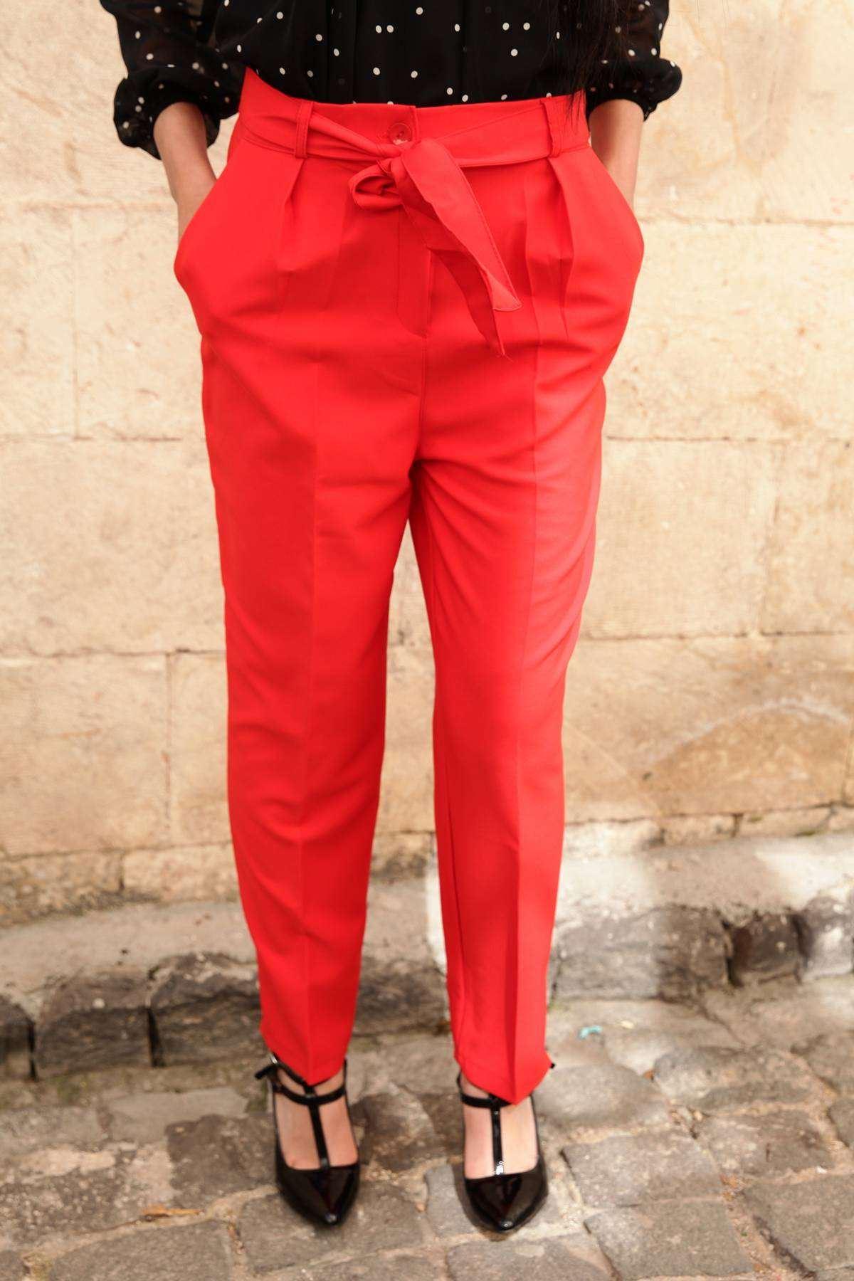 Kemerli Havuç Pantolon Kırmızı