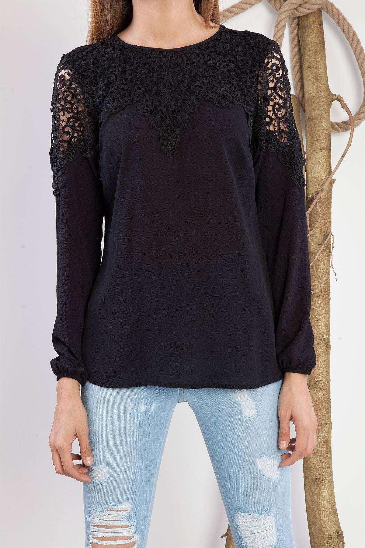 Kol Üstü Ve Robası Dantelli Bluz Siyah