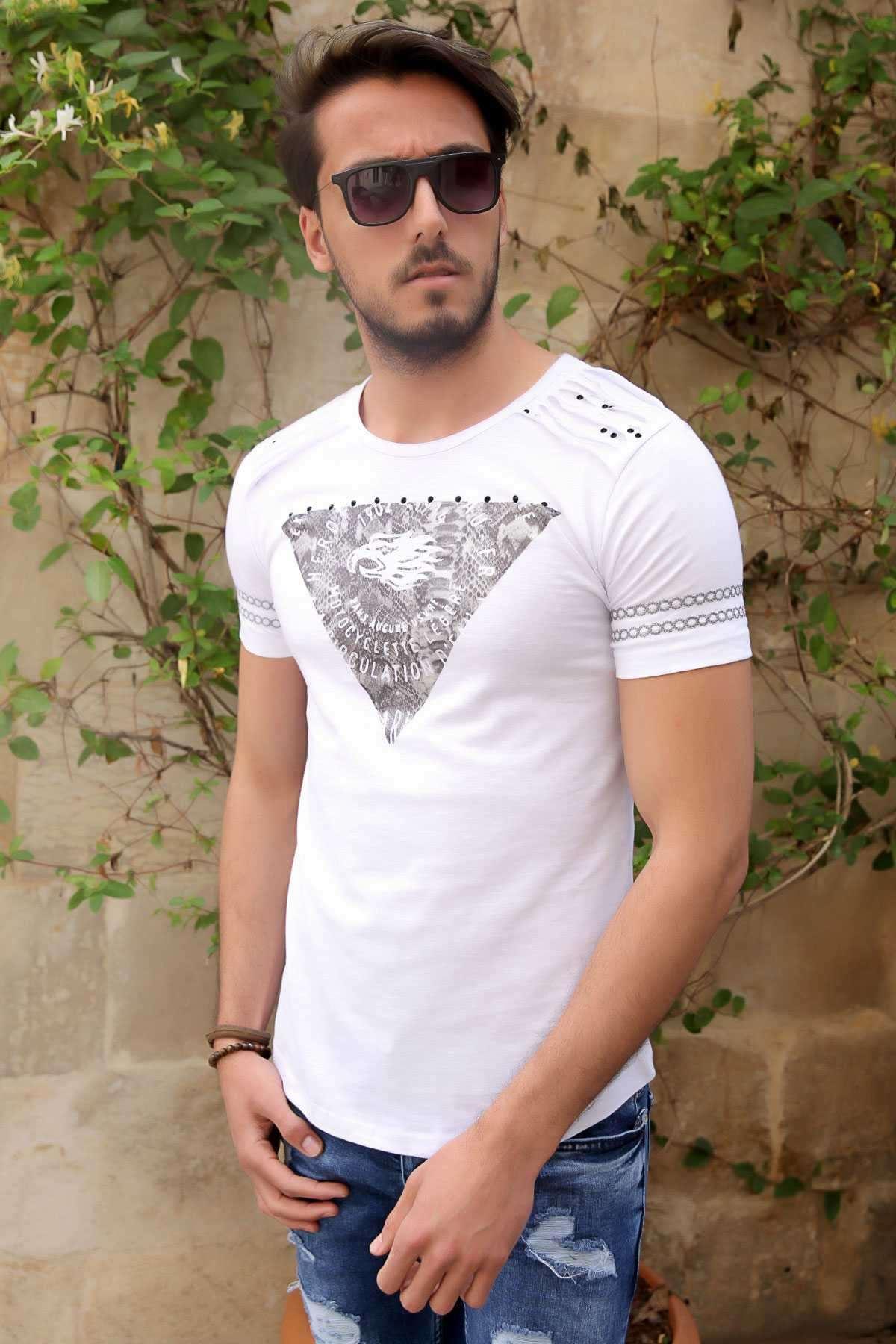 Kolları Nakışlı Göğüs Kartallı Yazılı Slim Fit Tişört Beyaz