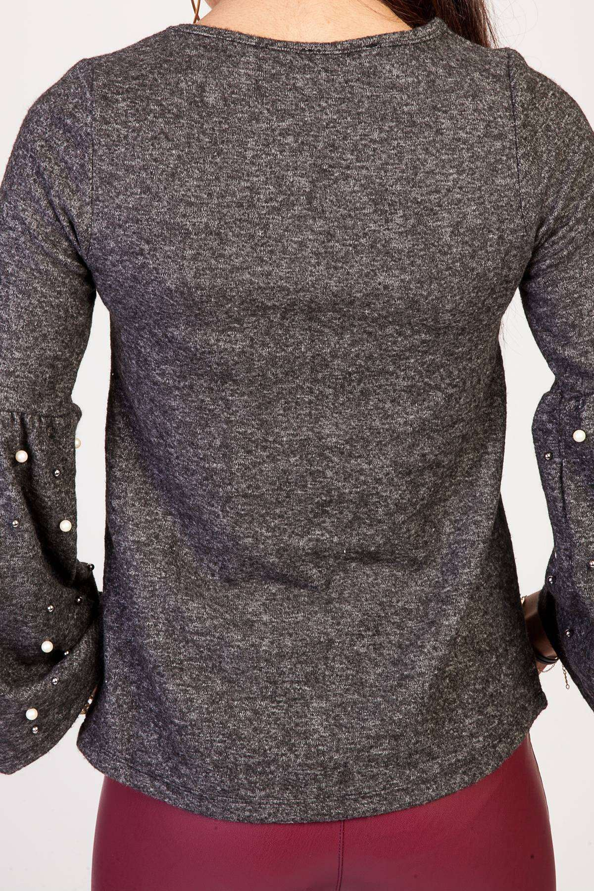 Kolları İnci Detaylı Volanlı Kol Sıfır Yaka Bluz Siyah