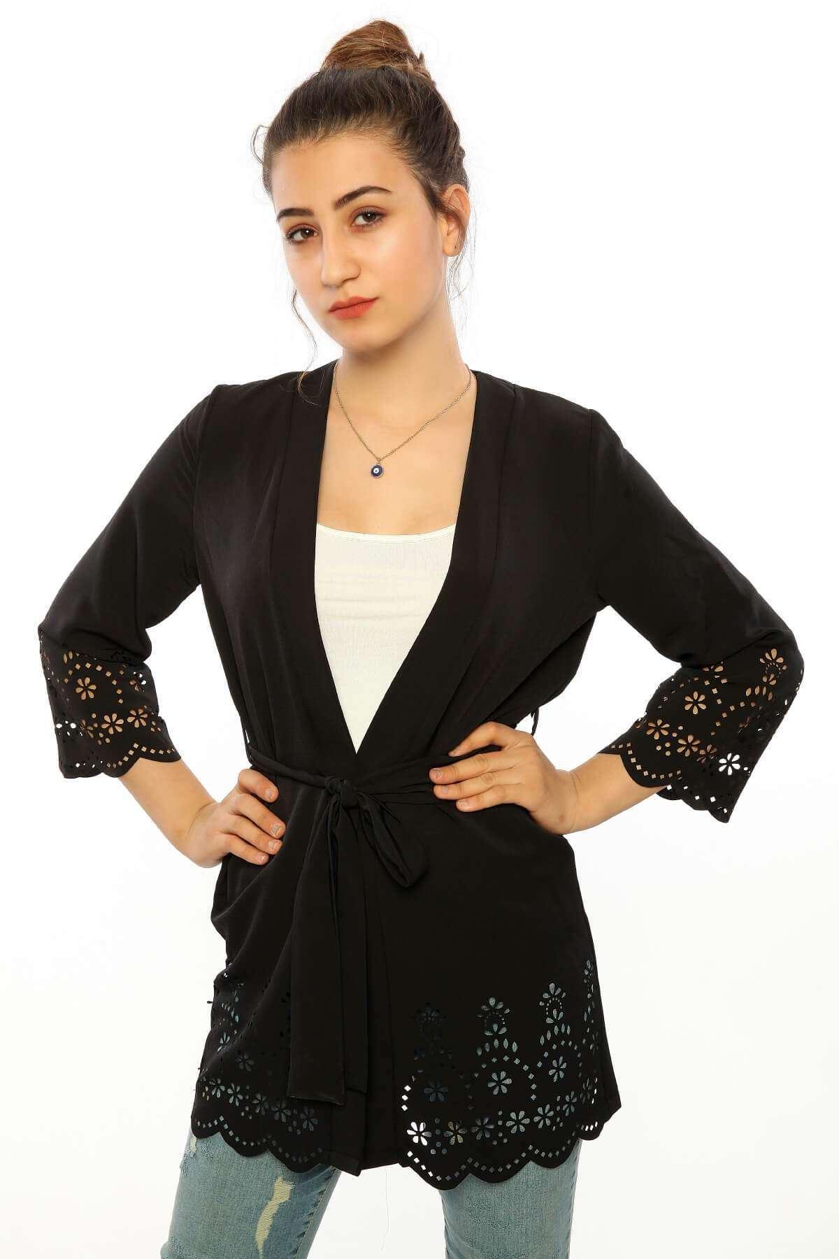 Kol Ve Eteği Delik Detaylı Ceket Siyah
