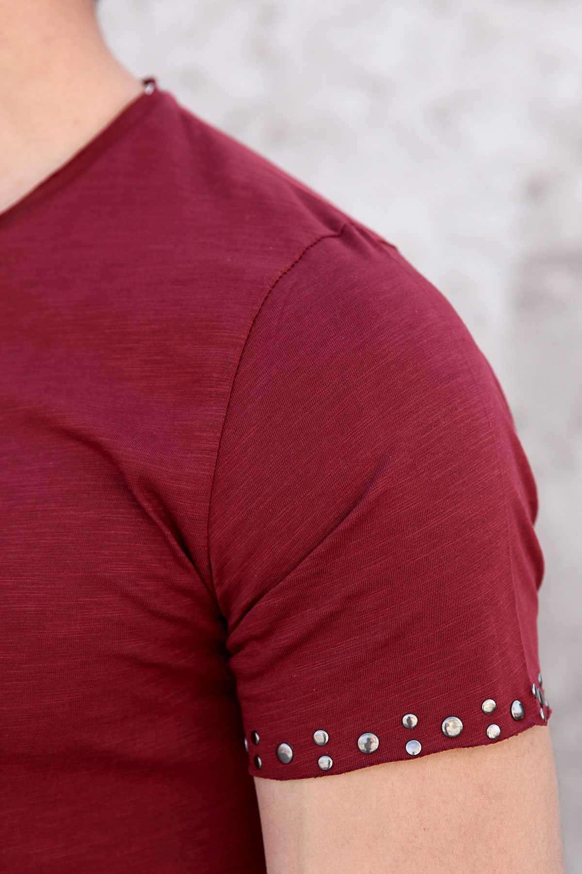 Kol Uçları Ve Etek Kenarı Metal Puntolu Pis Yaka Tişört Bordo