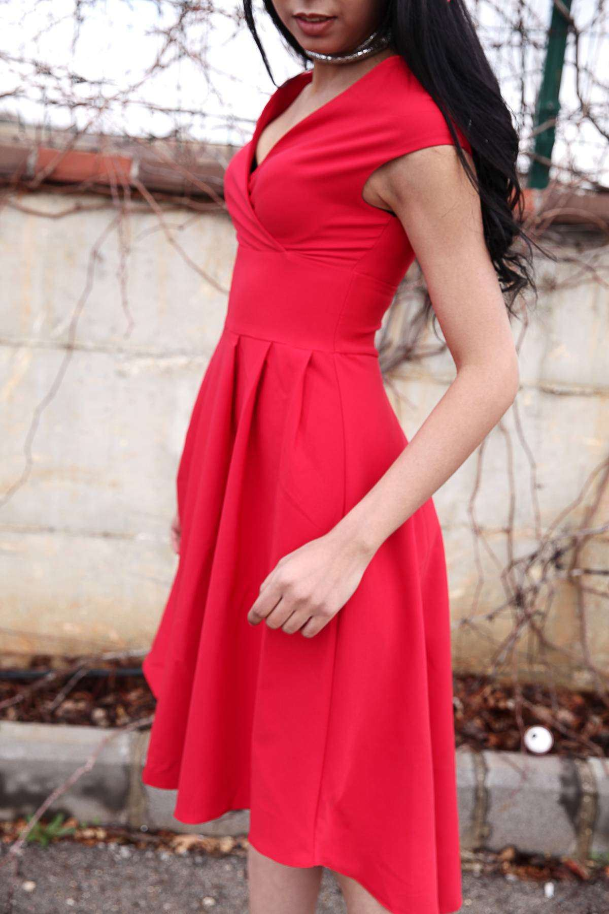 Kruvaze Yaka Arkası Uzun Elbise Kırmızı