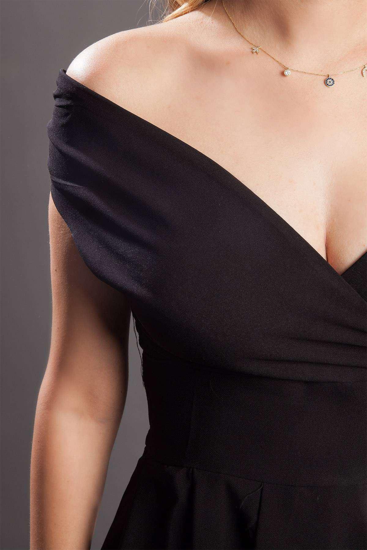 Kruvaze Yaka Arkası Uzun Elbise Siyah