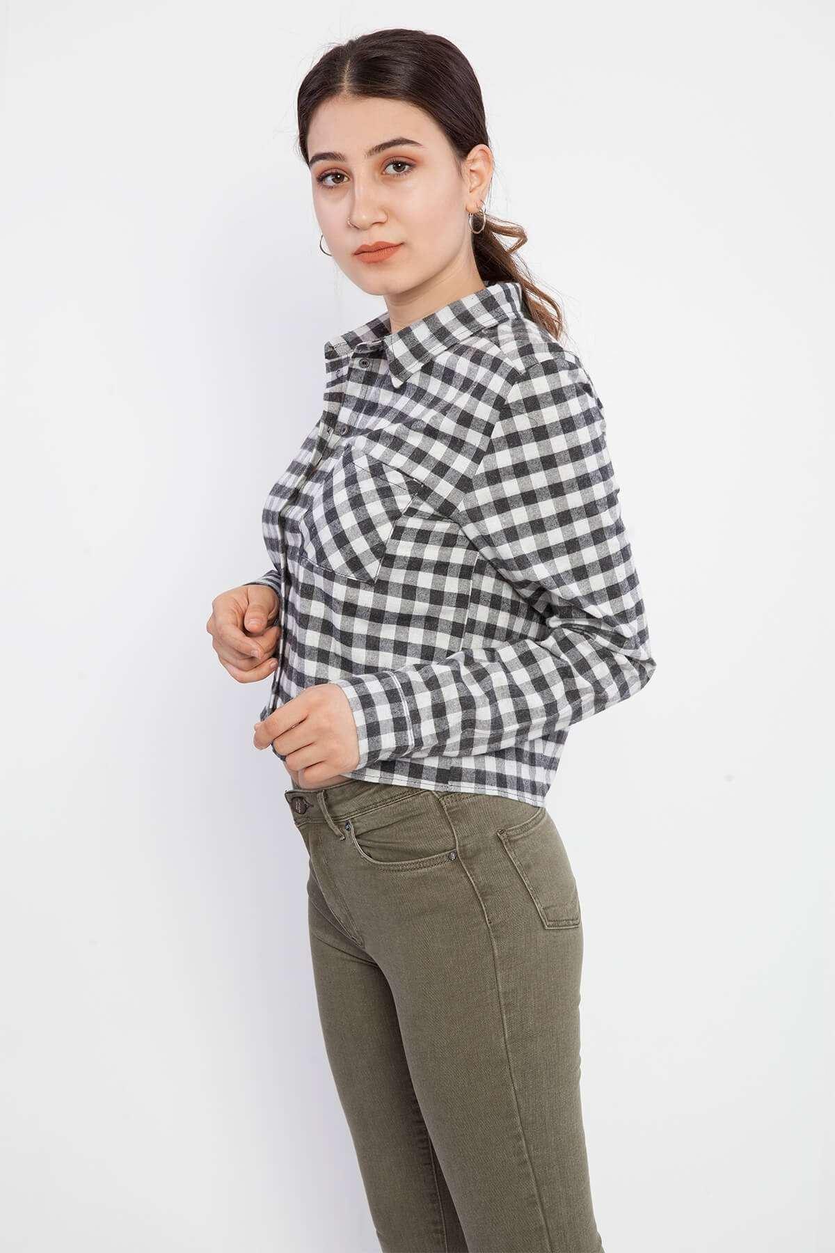 Küçük Kareli Cep Detaylı Kısa Gömlek Siyah-Beyaz