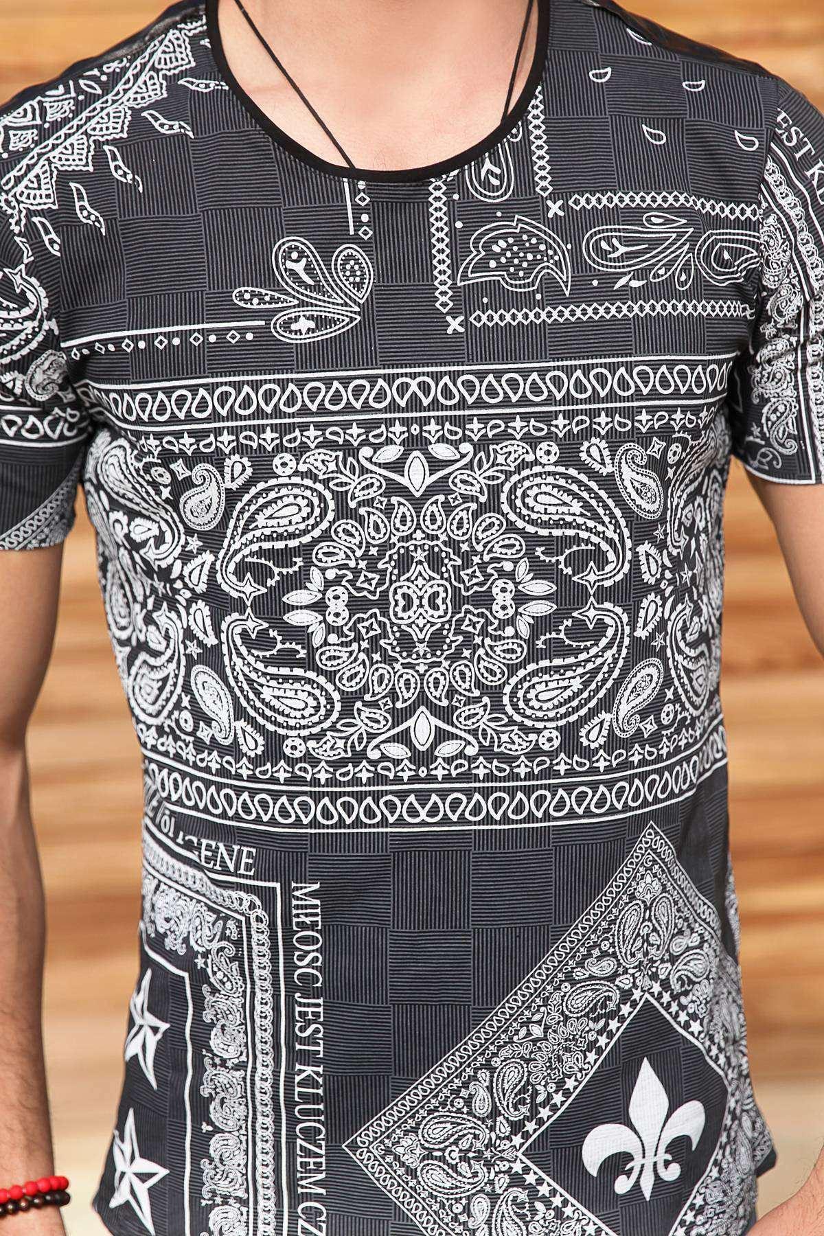 Omuz Deri Yıldız Şeritli Çizgili Desenli Tişört Siyah