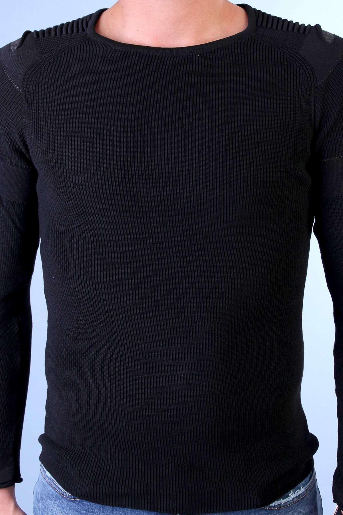 Omuz Yırtık Fitilli Sıfır Yaka Triko Siyah