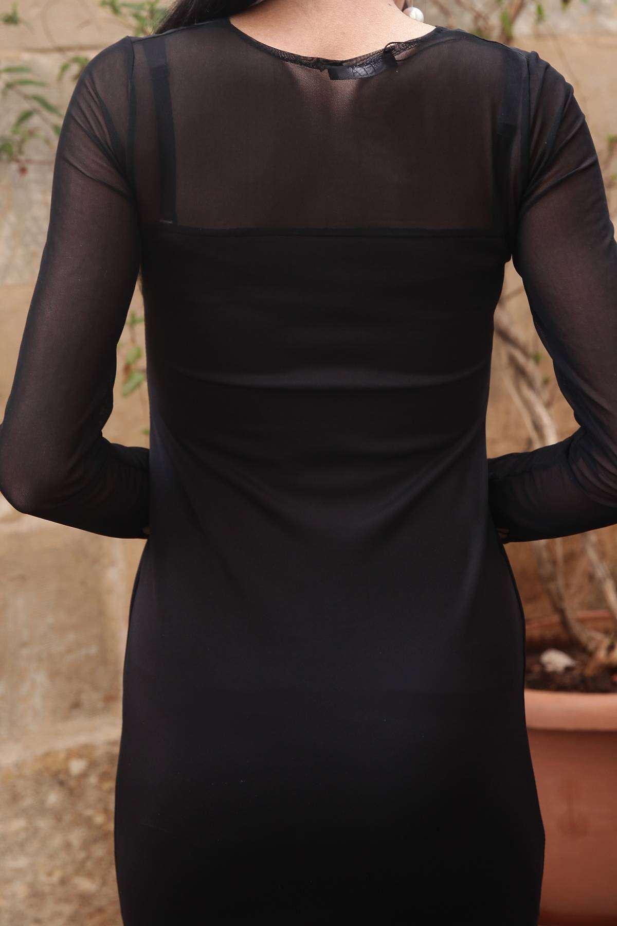 Omuz Ve Kol Tül Yaka Dekolte Detaylı Elbise Siyah