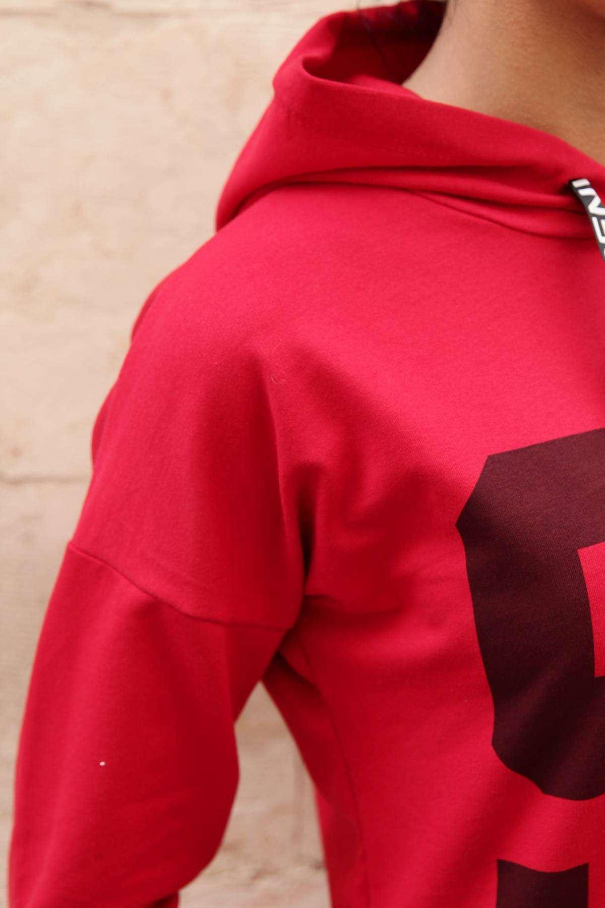 Önü 95 Baskı Detaylı Kapşonlu Tunik Kırmızı
