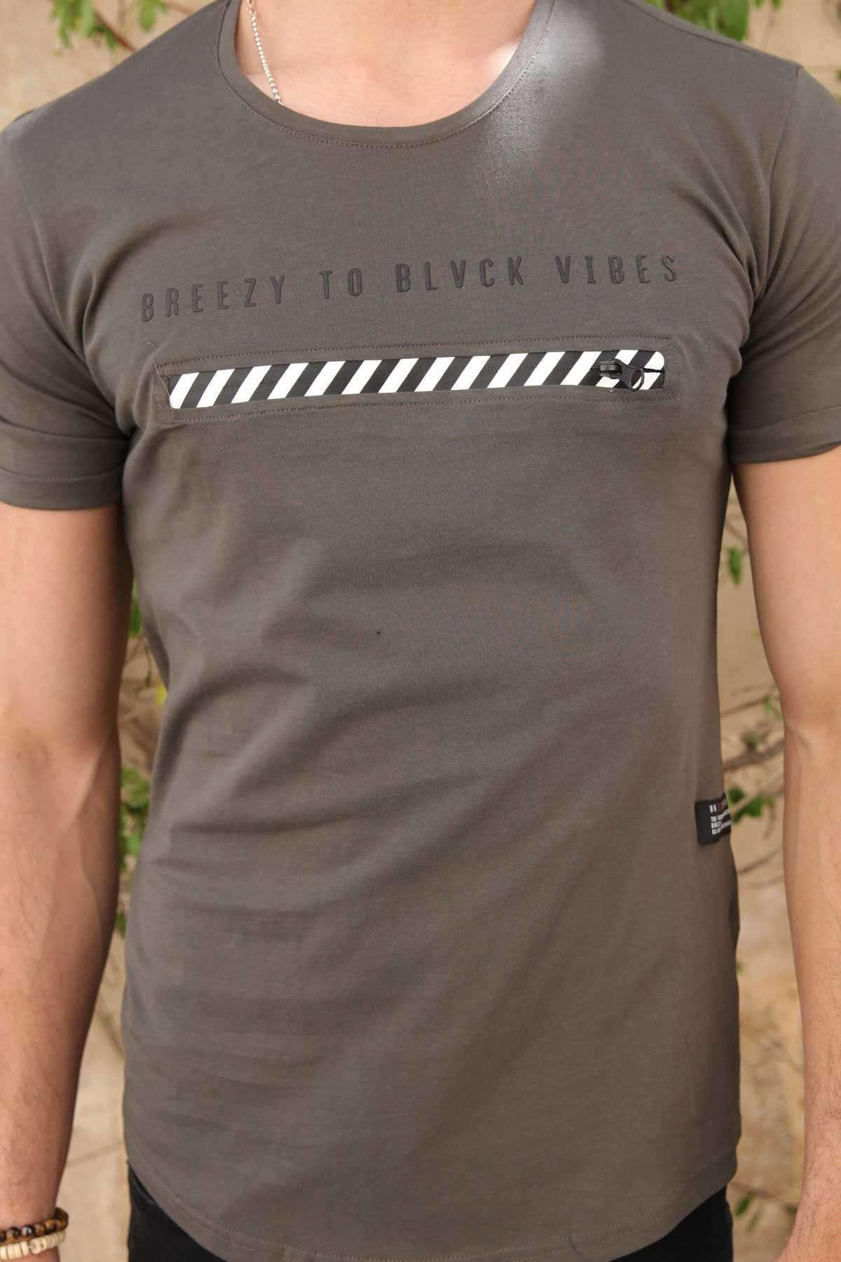 Önü Fermuar Şeritli Yazı Baskılı Slim Fit Tişört Haki