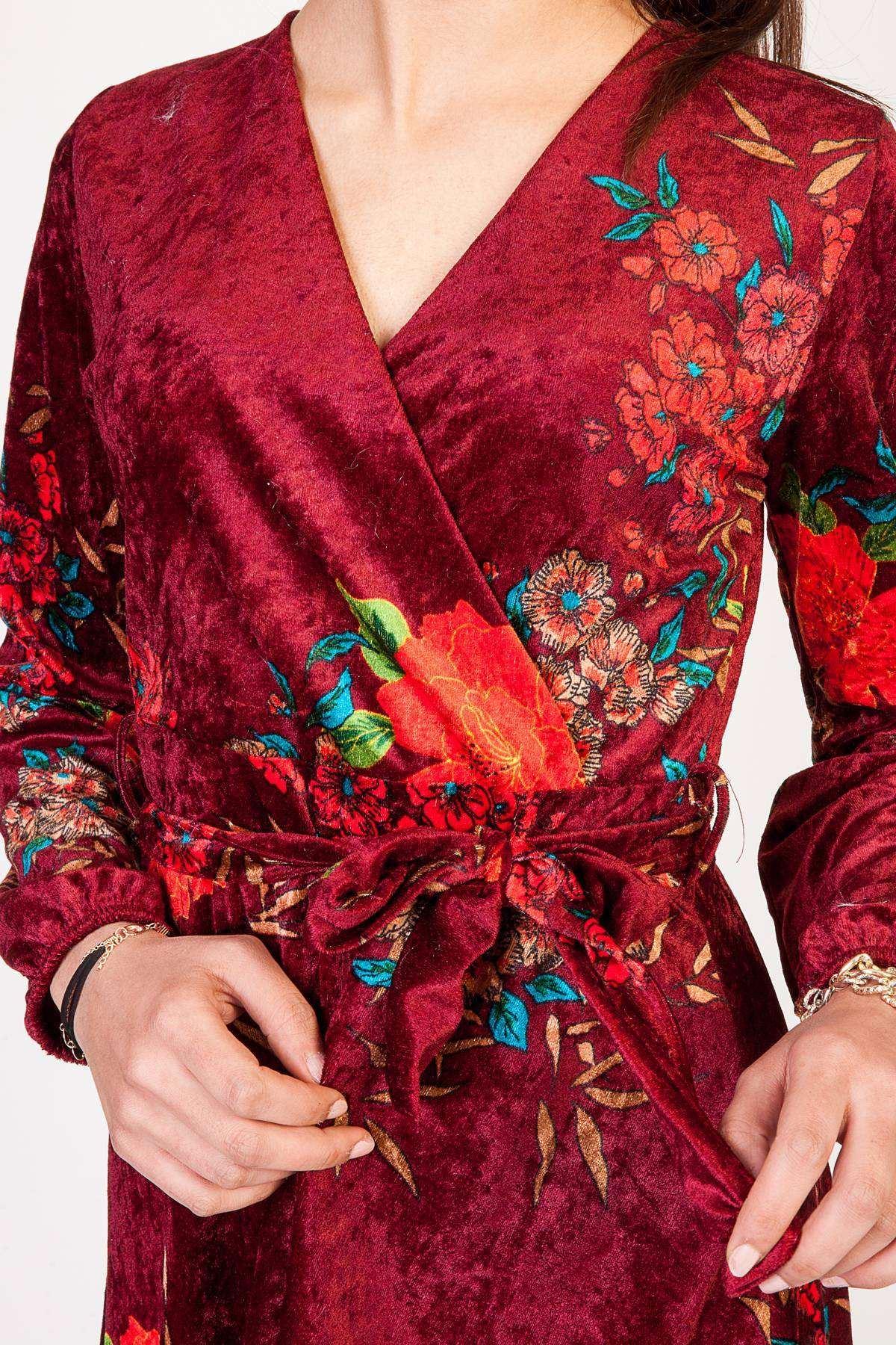 Önü Çarpraz Çiçek Desen Detaylı Kadife Elbise Bordo