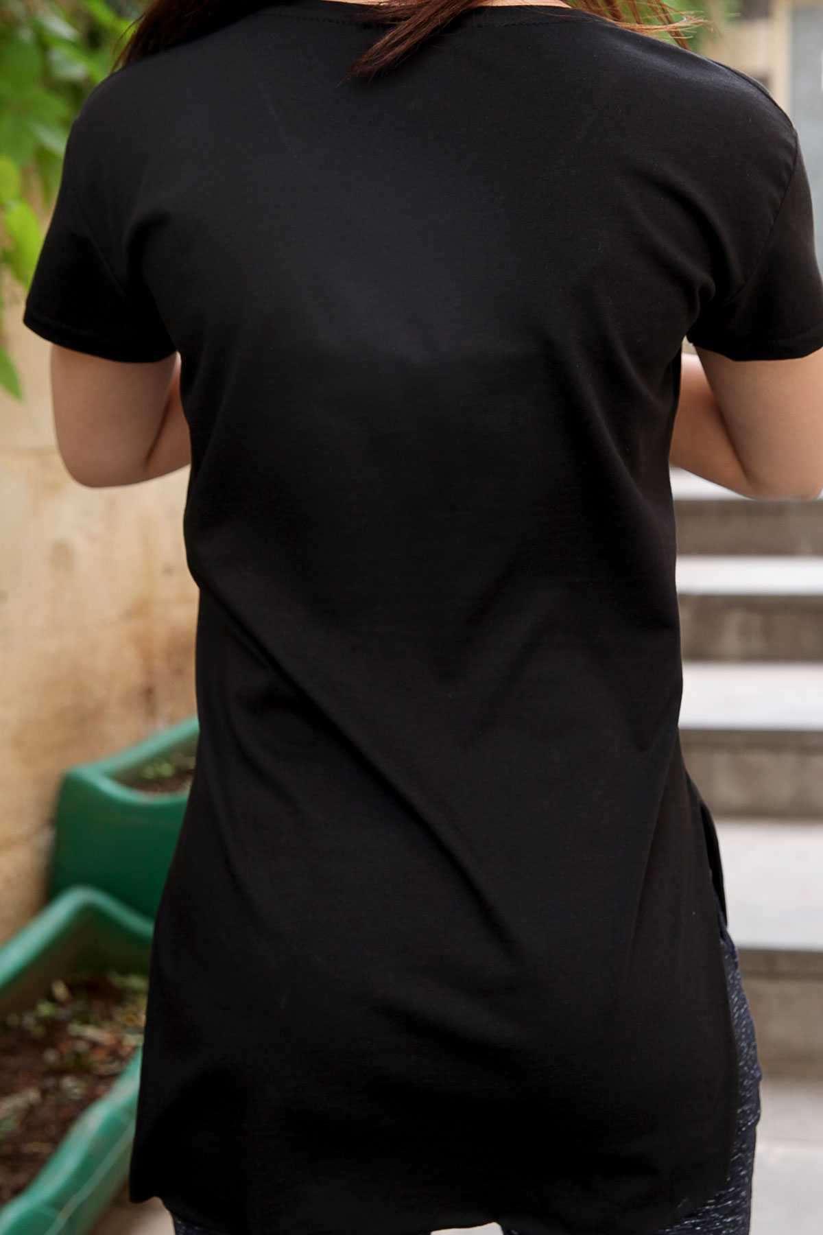 Önü Kabartma Parlak Fil Baskılı V Yaka Tişört Siyah