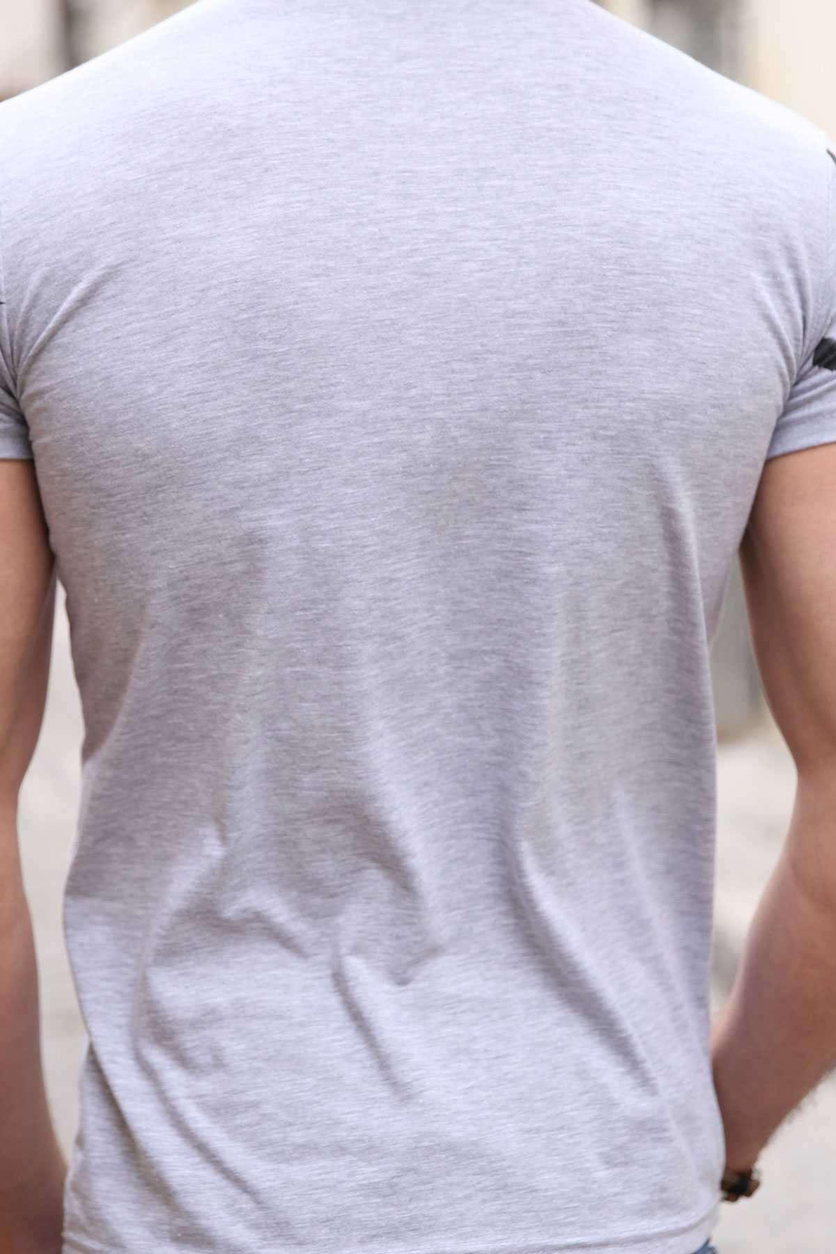 Önü Nakış İşleme Tüy Desenli Kolları Tüy Baskılı Tişört Gri