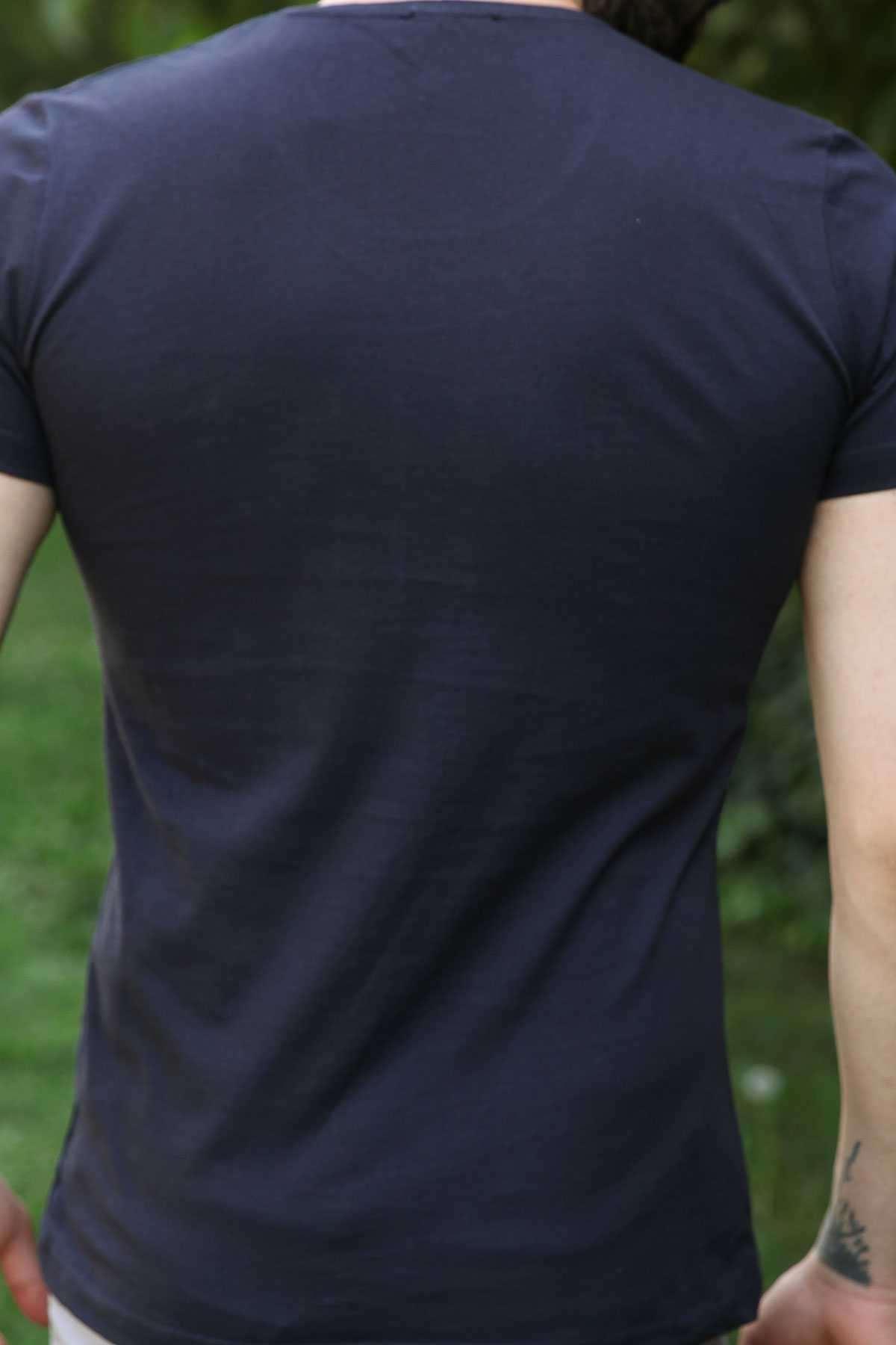 Önü Kabartma White Black Yazılı Slim Fit Tişört Lacivert