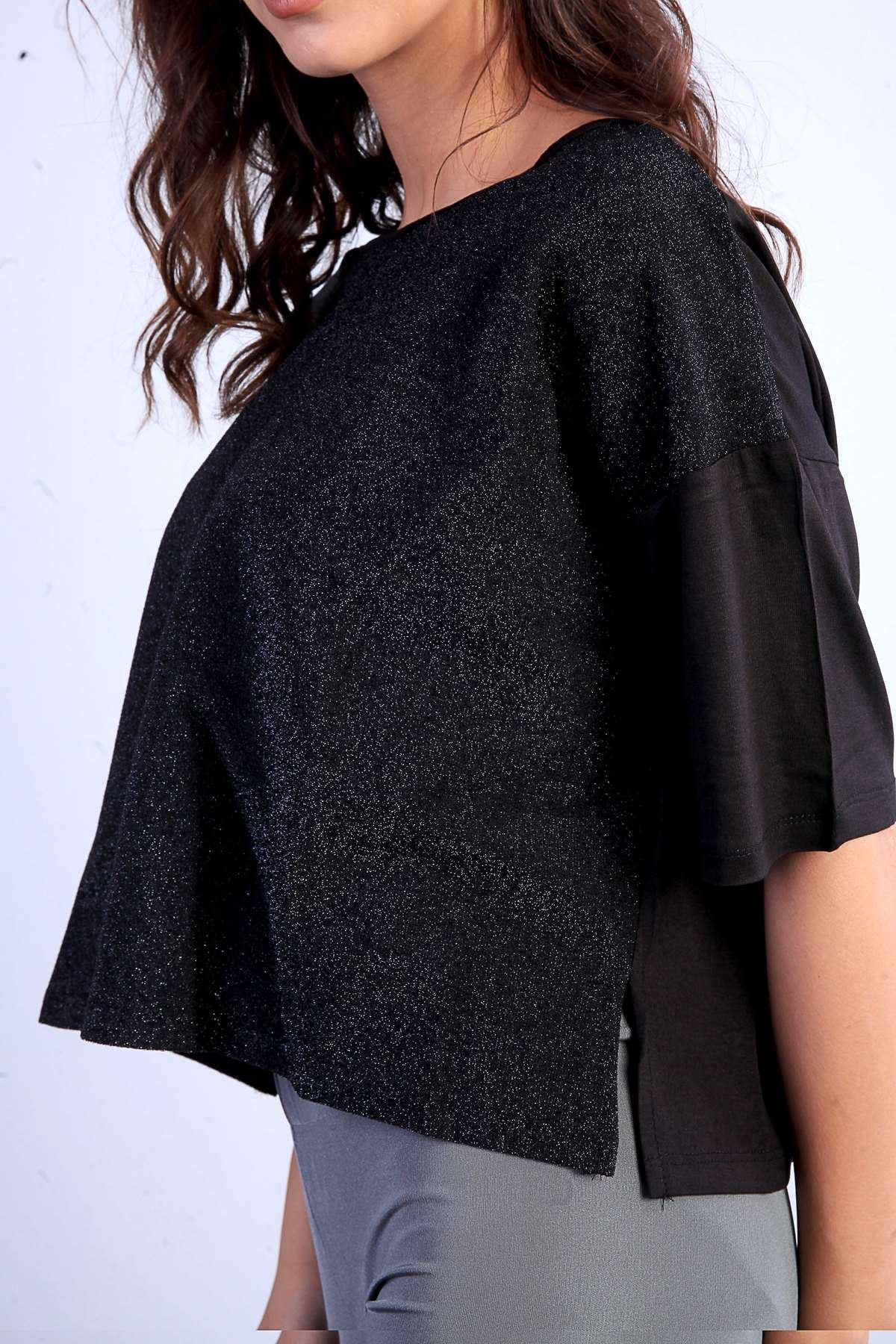 Önü Sim Detaylı Kısa Kol Salaş Sıfır Yaka Midi Bluz Siyah