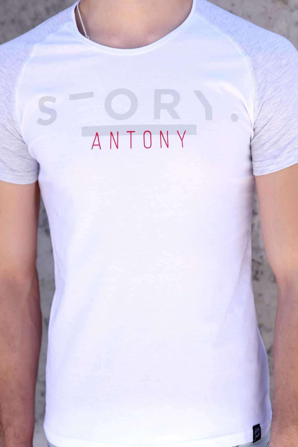 Önü Story Yazı Baskılı Sıfır Yaka Slim Fit Tişört Beyaz