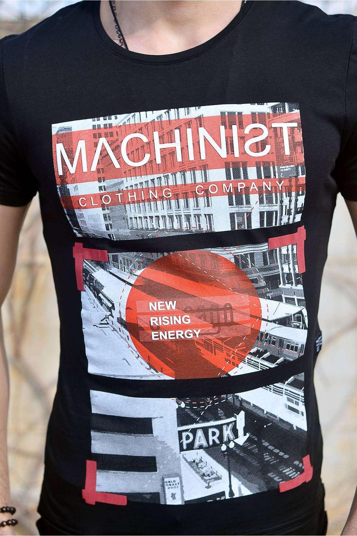 Önü Machinist Yazılı Resim Baskılı Tişört Siyah