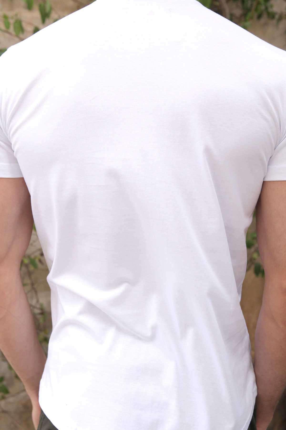 Önü Pullu Kartal Desenli Sıfır Yaka Slim Fit Tişört Beyaz