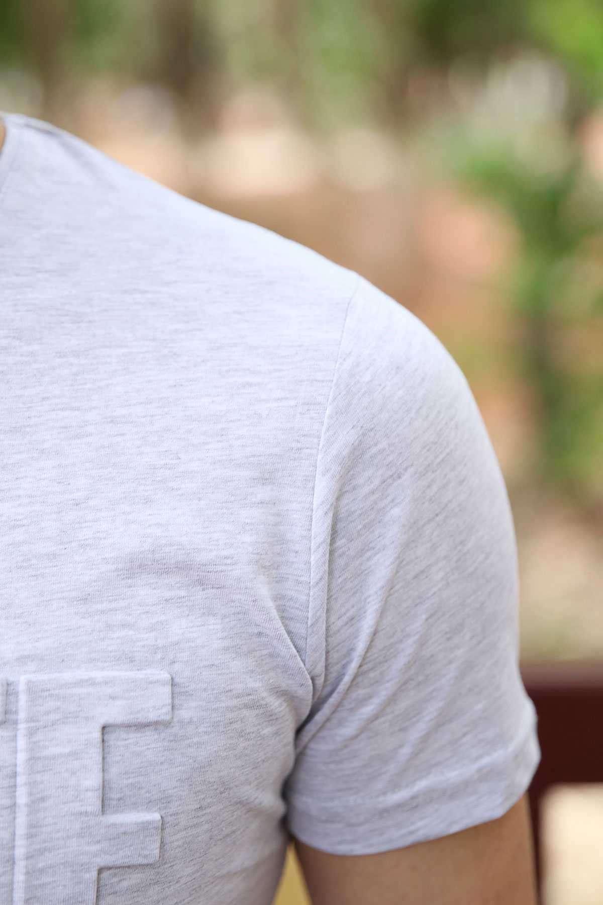 Önü Kabartma White Black Yazılı Slim Fit Tişört Gri