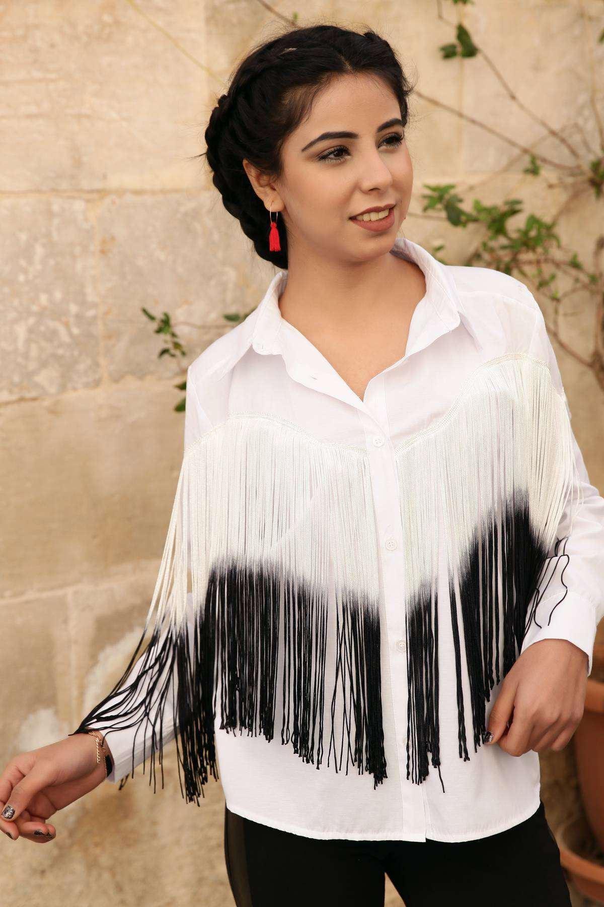 Önü Uzun Püskül Detaylı Uzun Kol Gömlek Beyaz