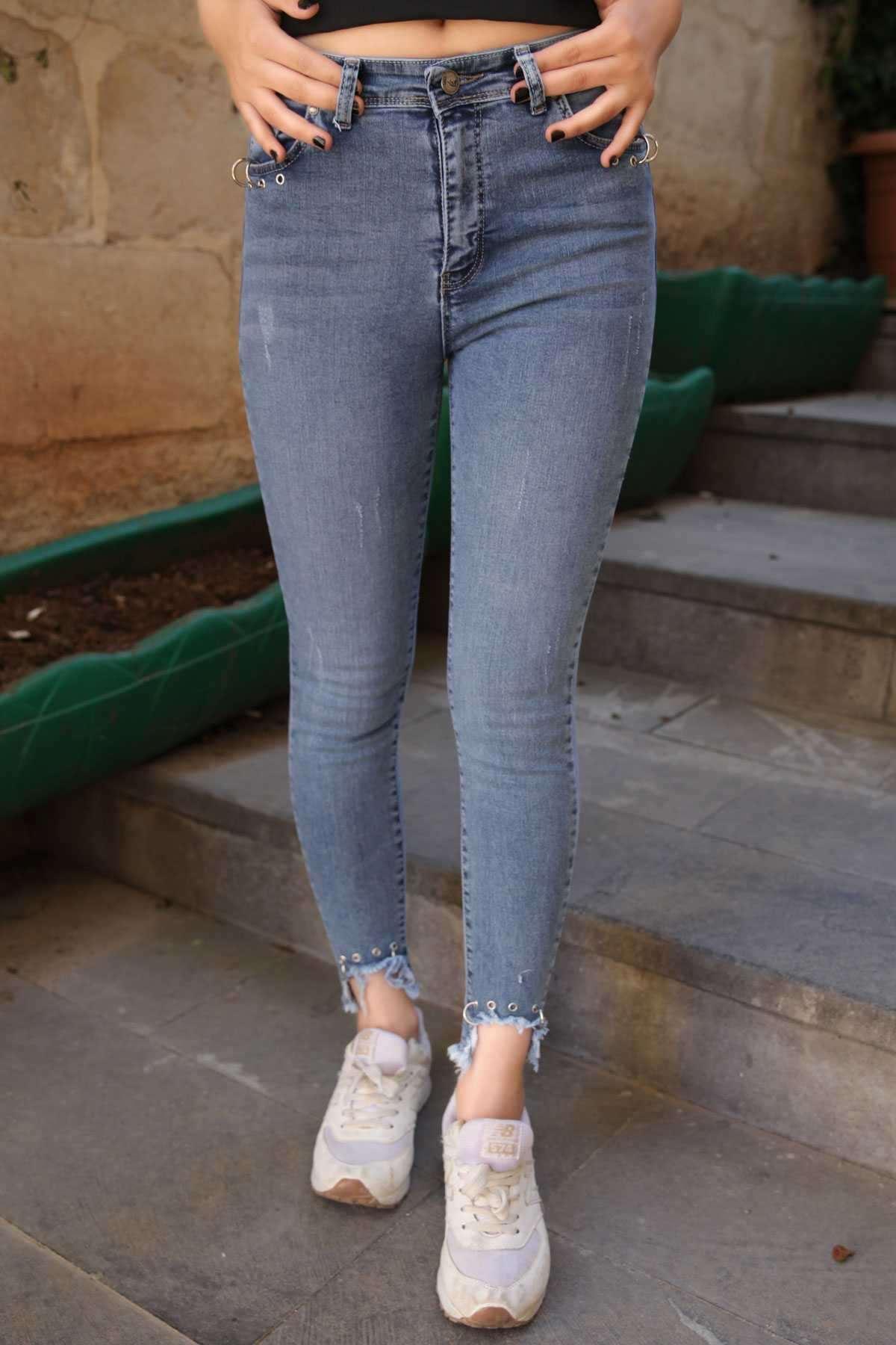Paçası Yırtık Cep Ağzı Ve Paça Ucu Metalli Slim Fit Kot Pantolon Mavi