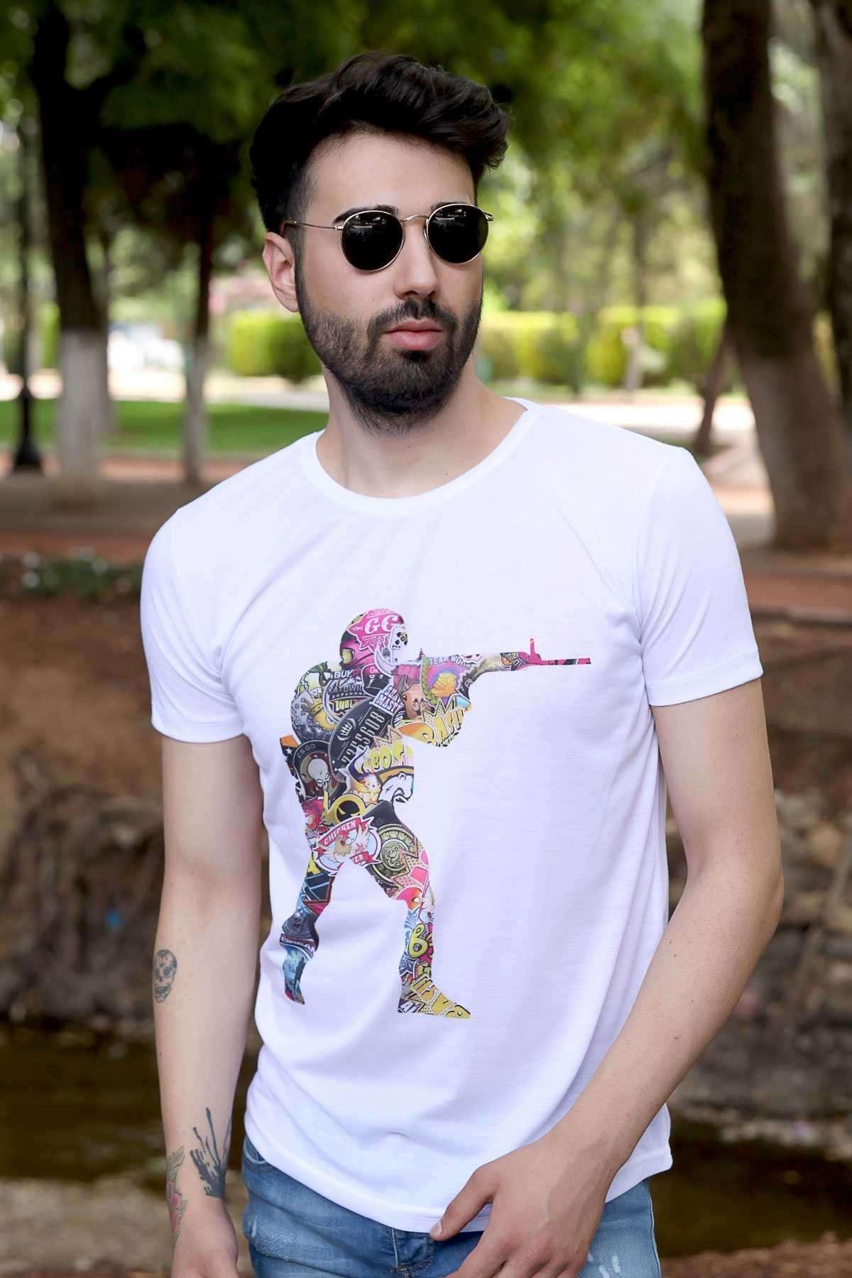 Renkli Asker Karakter Baskılı Slim Fit Tişört Beyaz