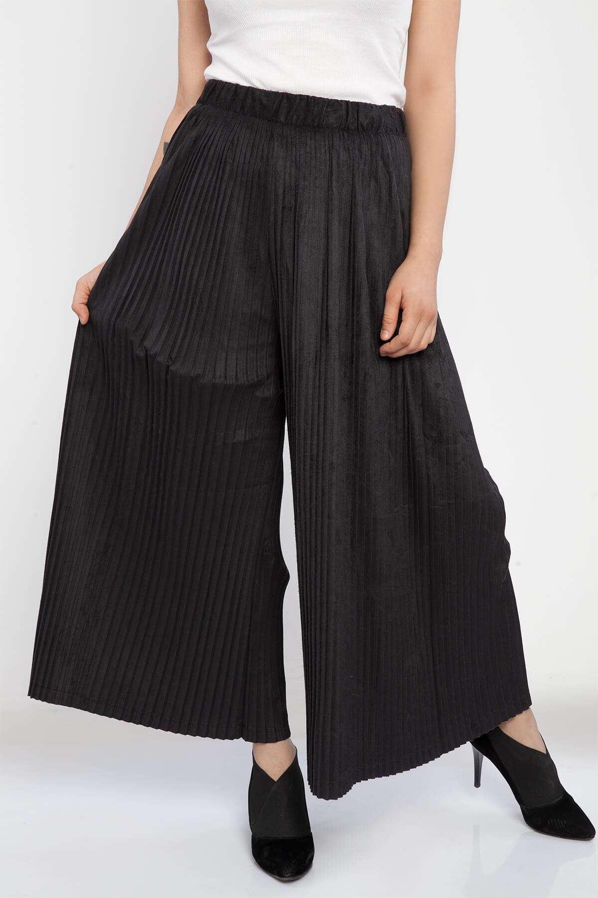 Pliseli Geniş Kadife Pantolon Siyah