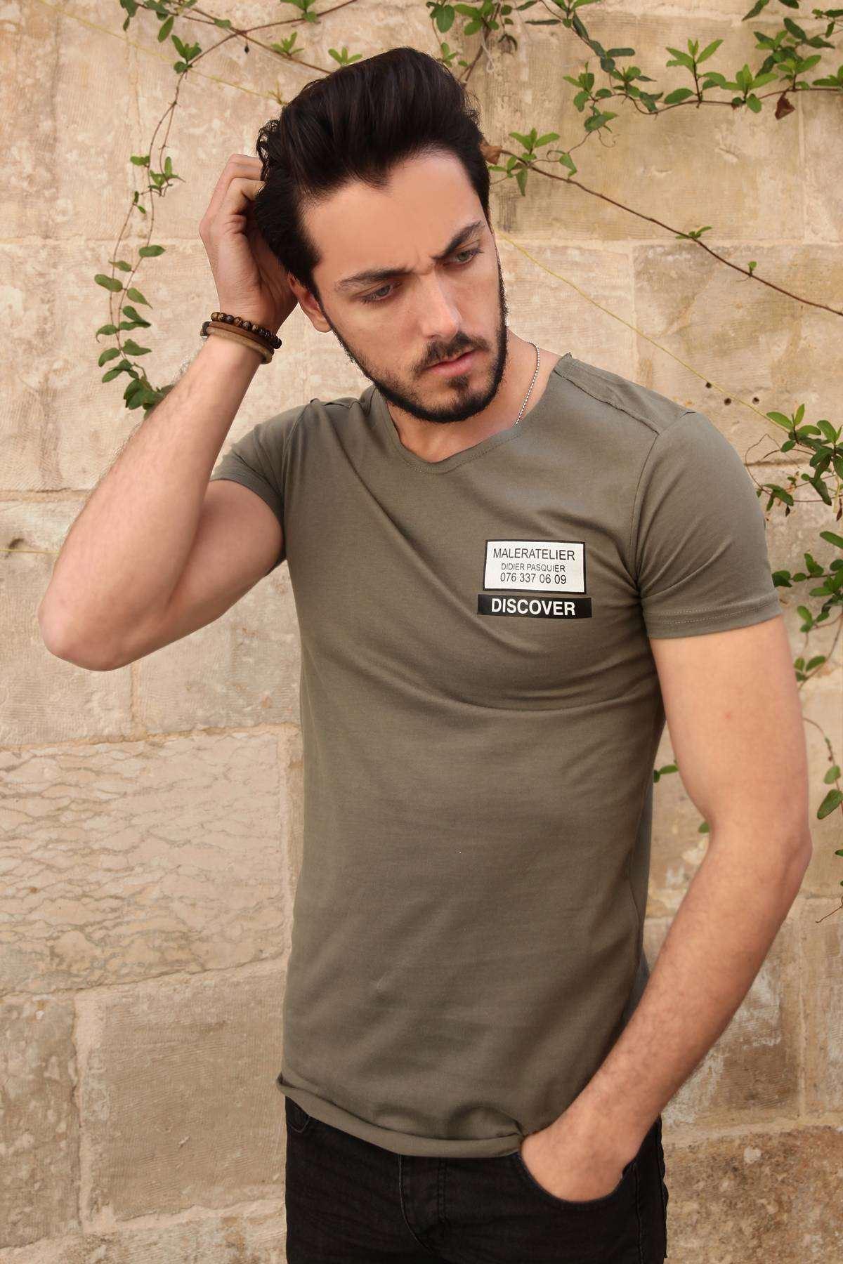Sırtı File Şeritli Göğüs Dıscover Yazılı Slim Fit Tişört Haki