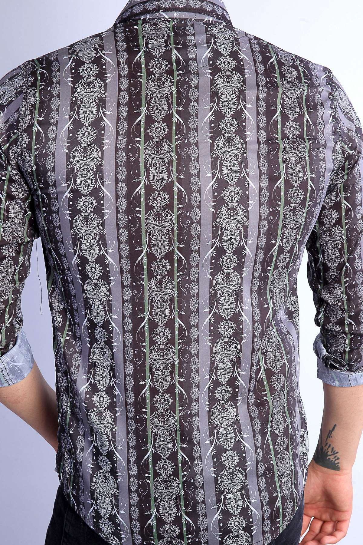 Şal Desenli Boyuna Şeritli Dijital Baskı Slim Fit Gömlek Siyah