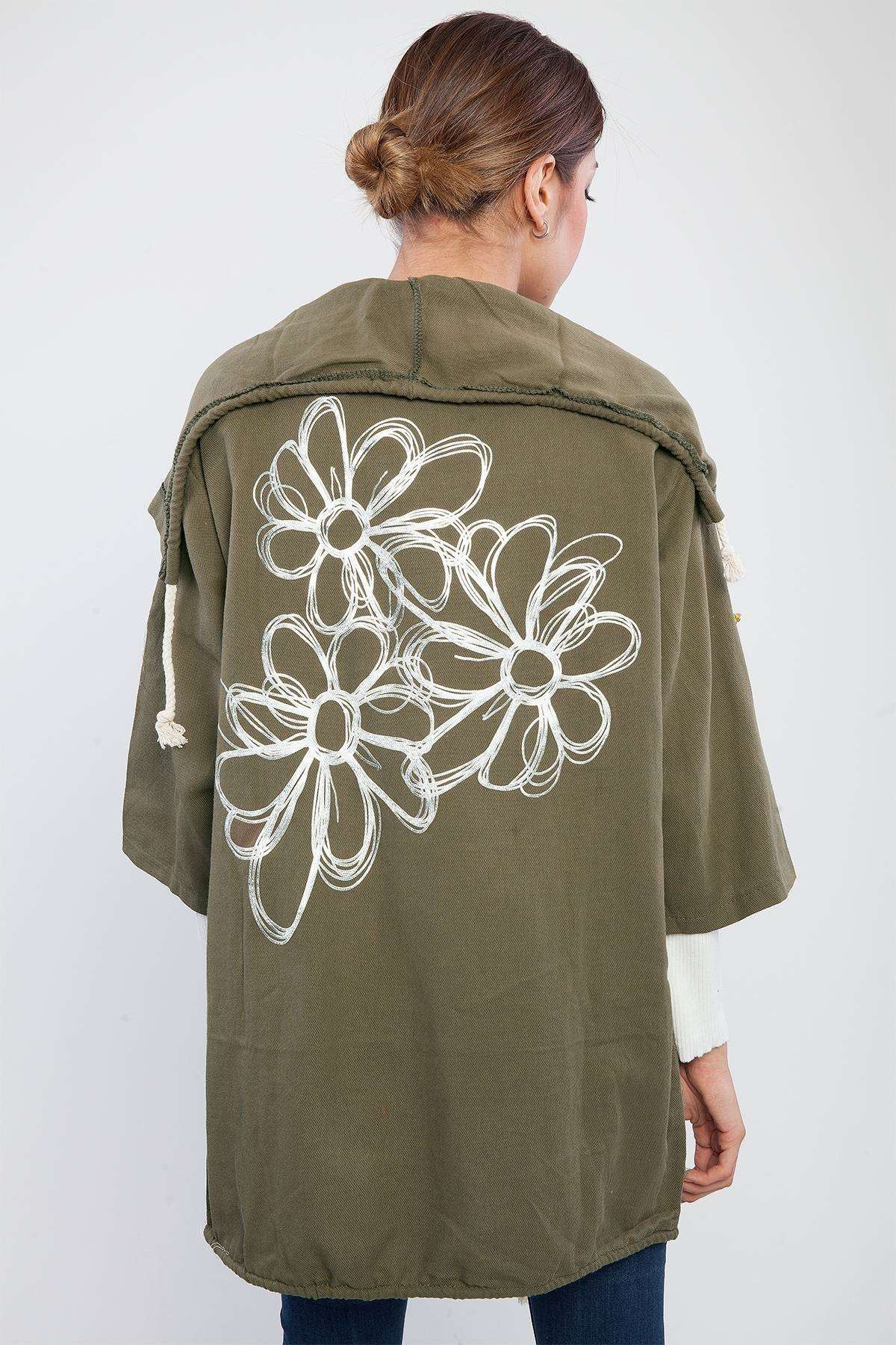Sırtı Çiçek Detaylı Salaş Sweatshırt Haki