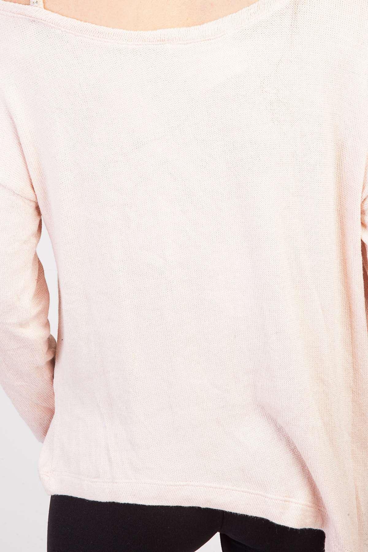 Tek Omu Taş Askı Detaylı Taşlı Yazılı Bluz Pudra