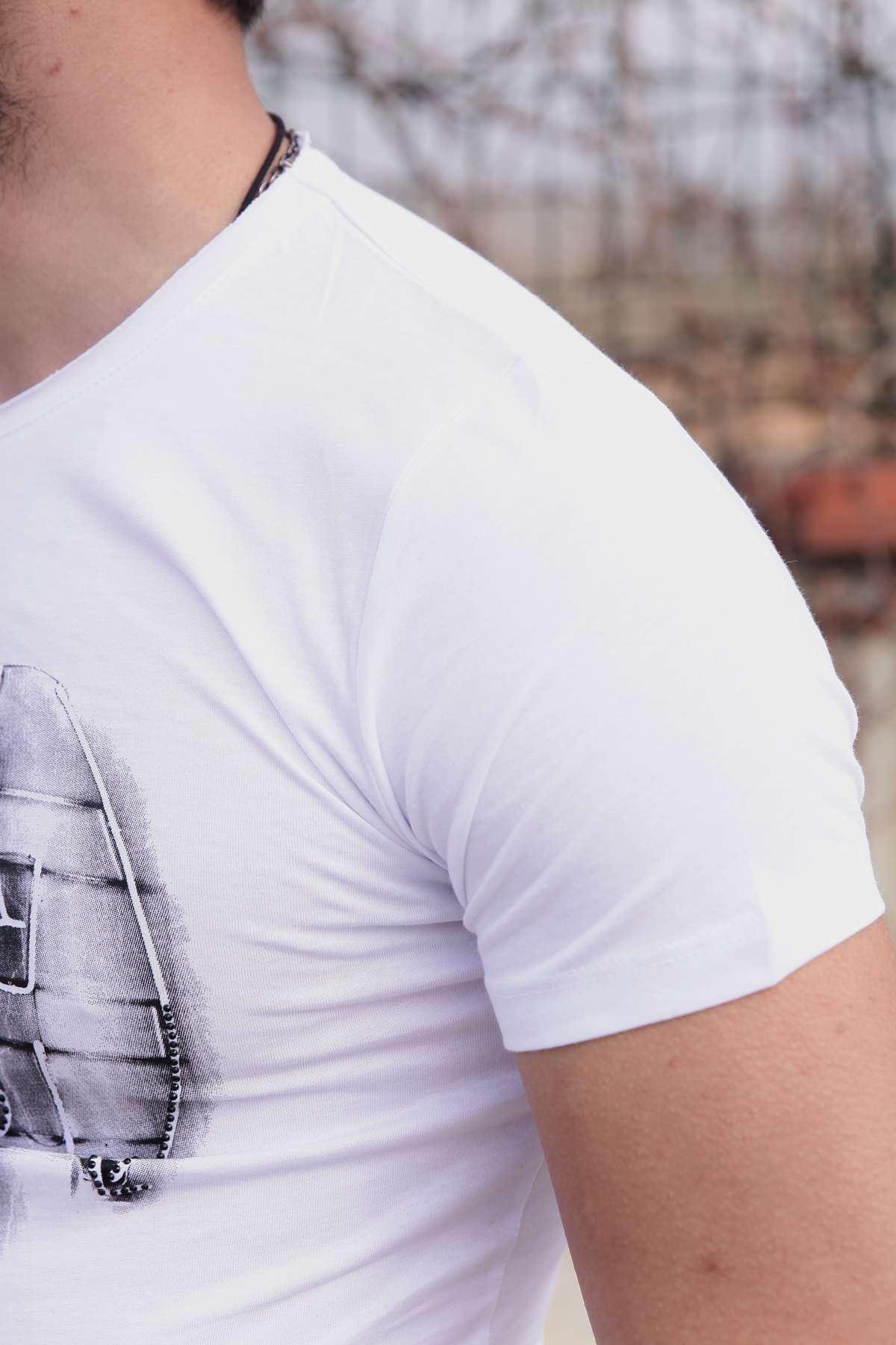 Taşlı Mon Yazı Baskılı Pis Yaka Slim Fit Tişört Beyaz