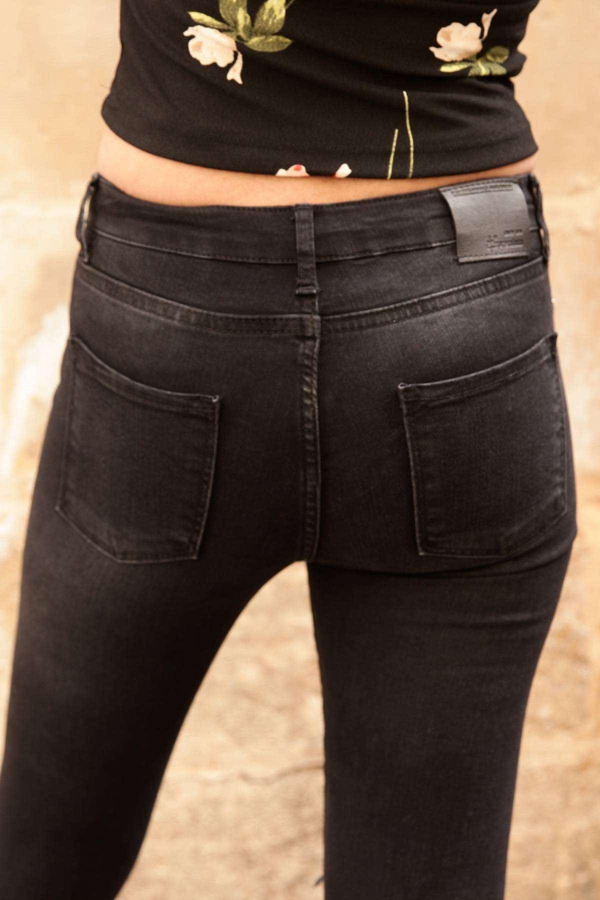 Taş Detaylı Kot Pantolon Siyah