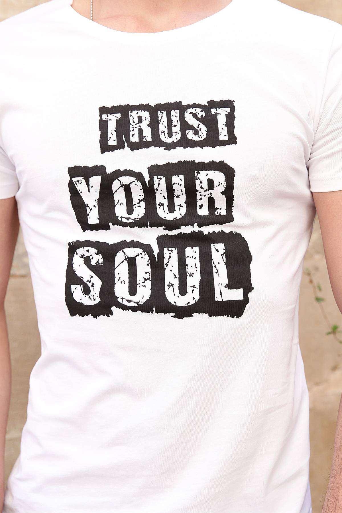Trust Your Soul Yazı Baskılı Simit Yaka Tişört Beyaz