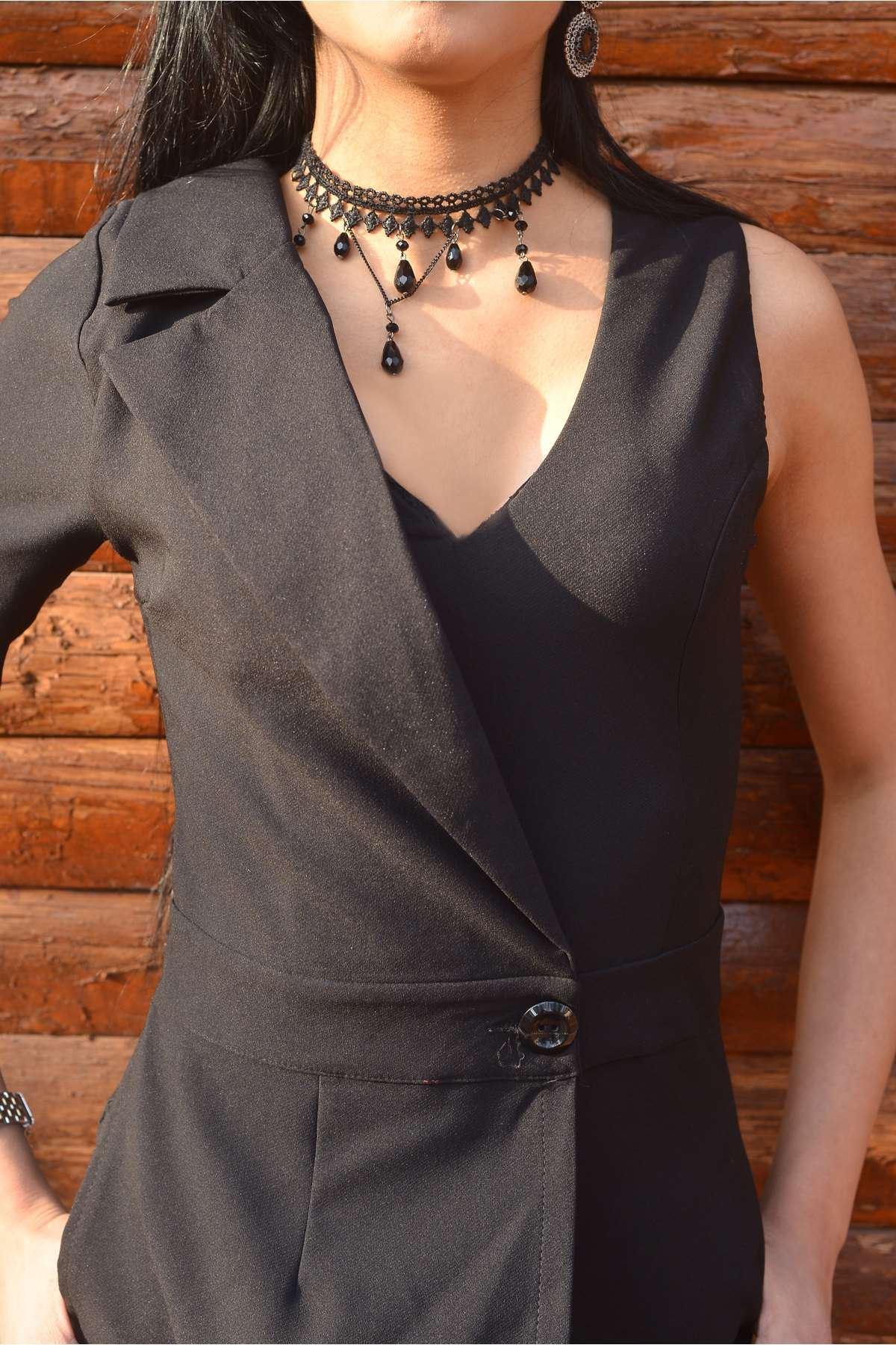 Tek Kol Yarısı Ceket Görünümlü V Yaka Tulum Siyah